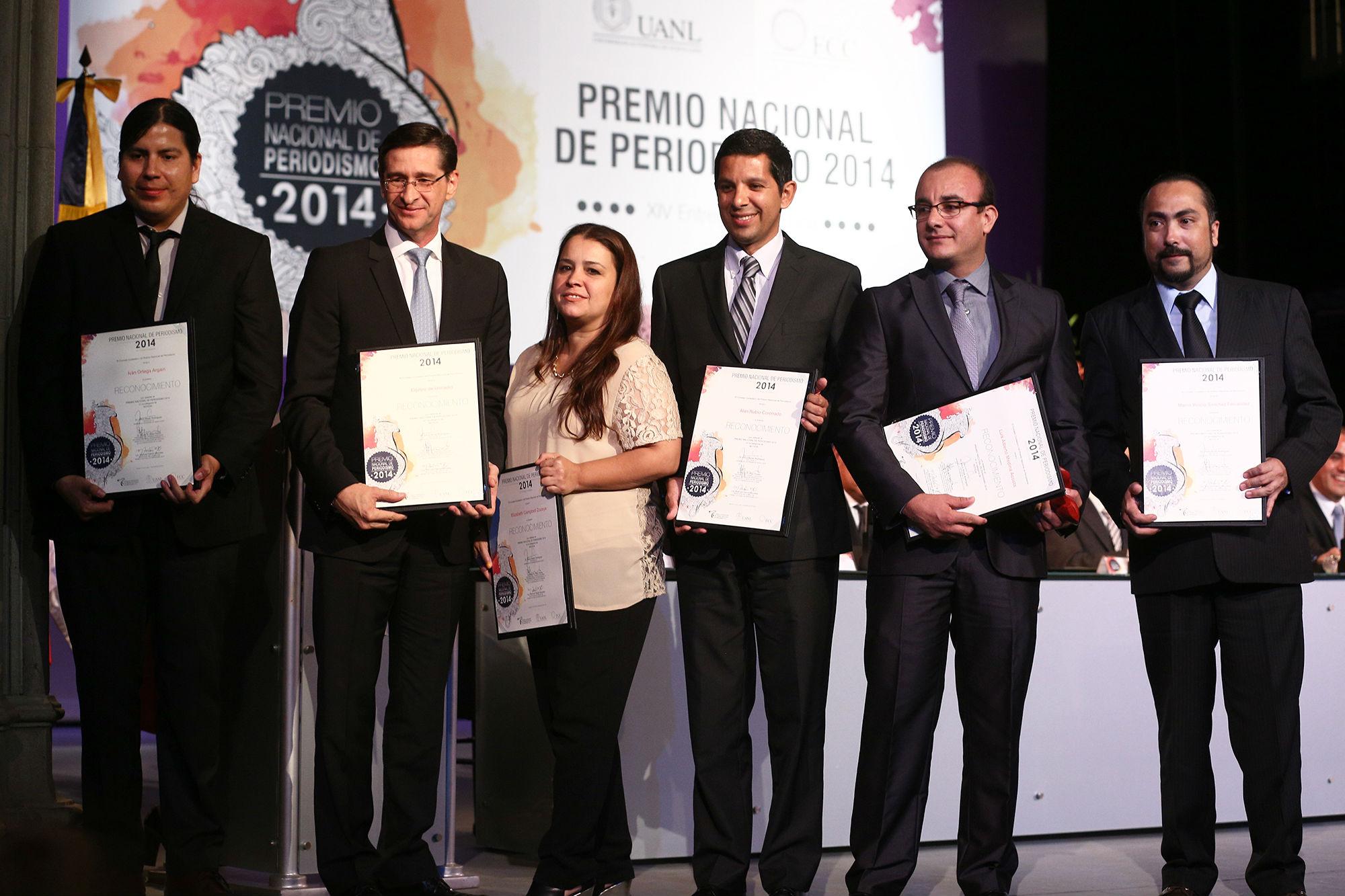 Uniradio recibe el premio en la categoría de Noticias por
