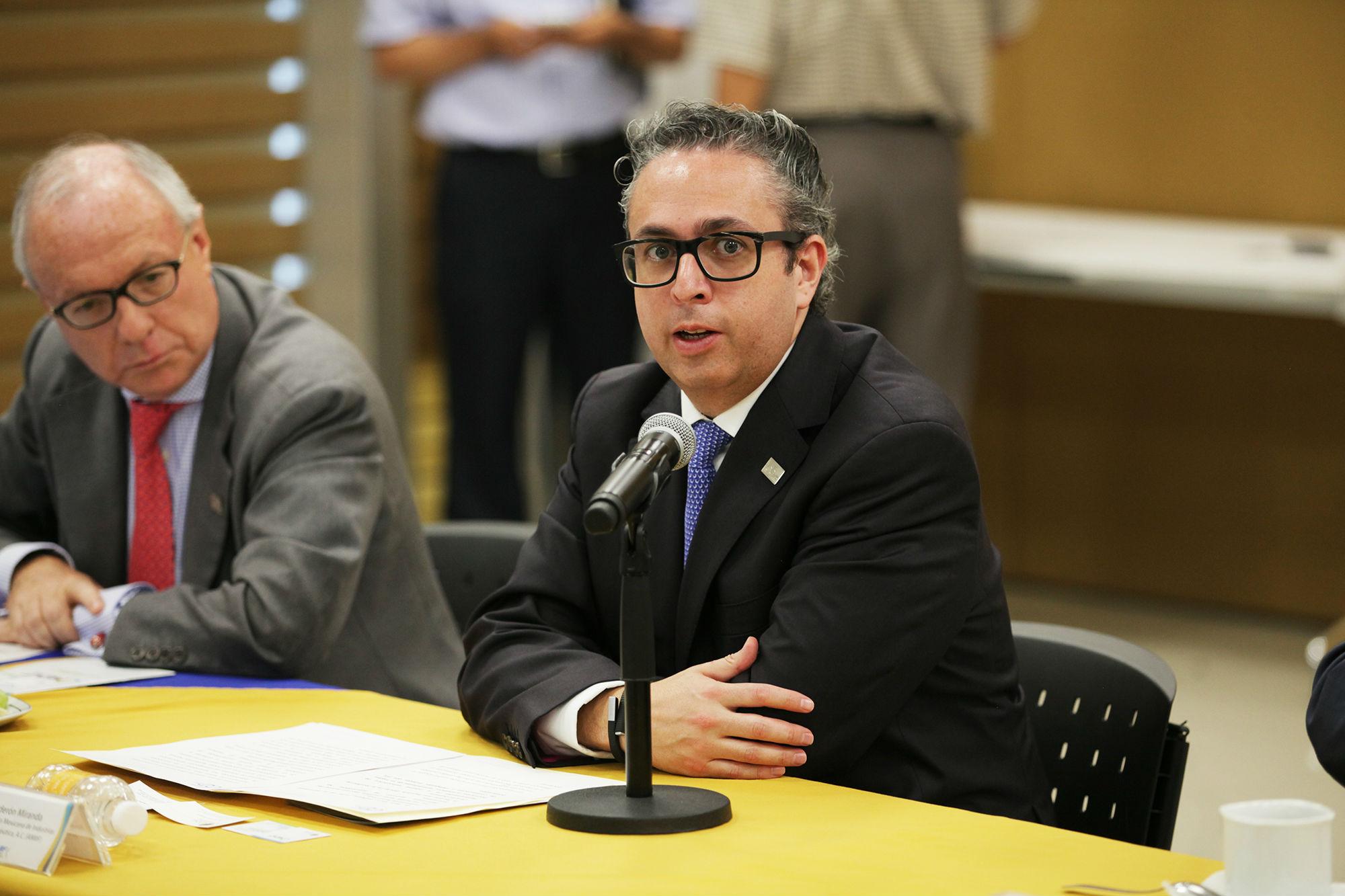 Ing. Luis Calderón Miranda, Presidente de la AMIIF