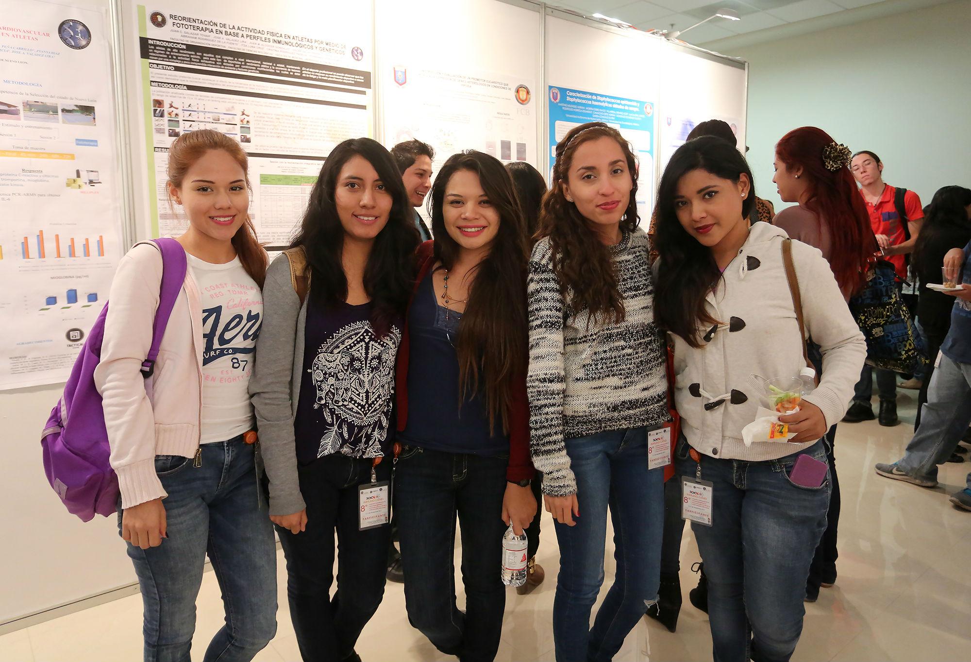 Estudiantes de la Facultad de Ciencias Biológicas