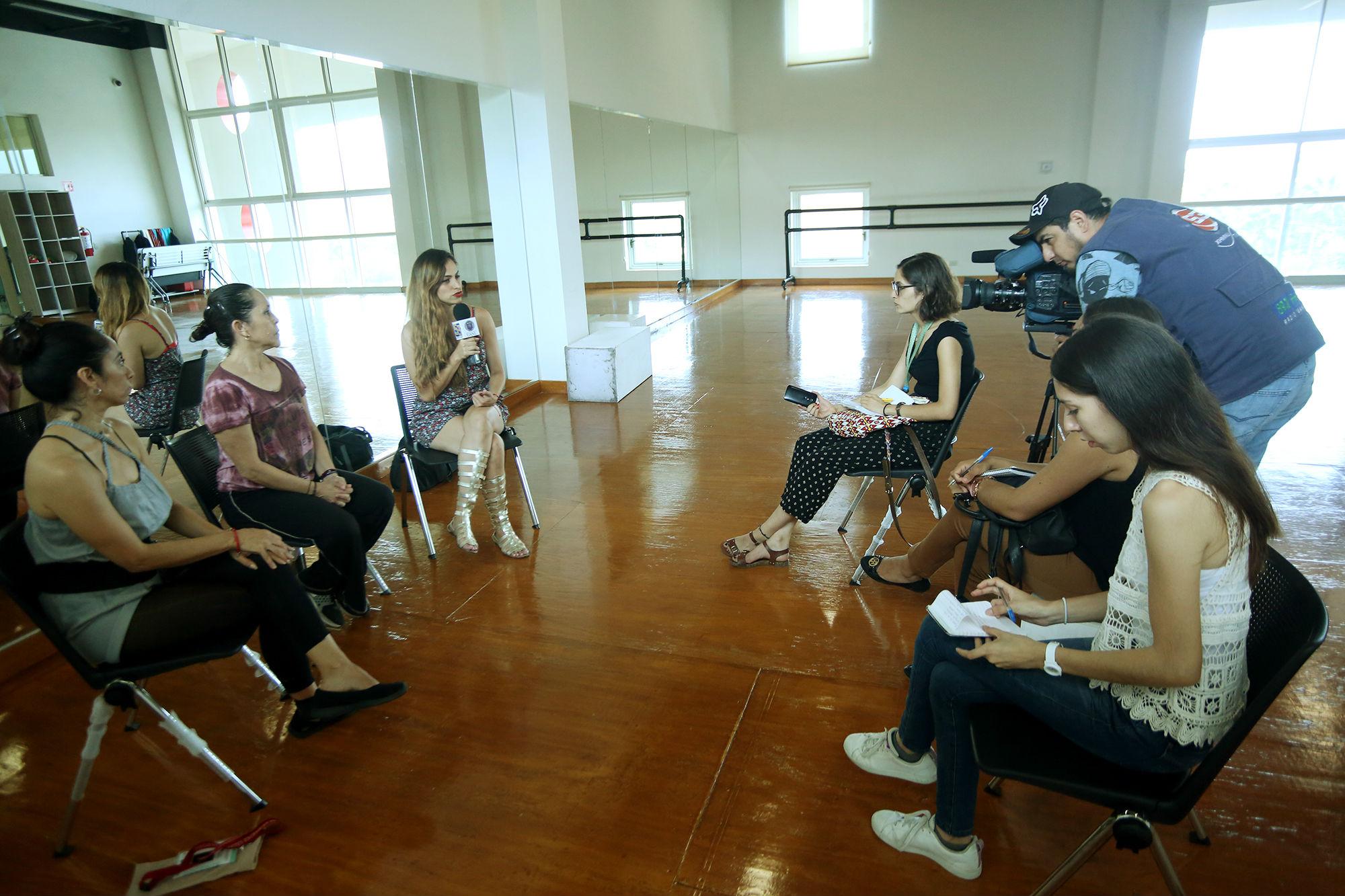 La entrevista se realizó en las instalaciones de la Facultad de Artes Escénicas