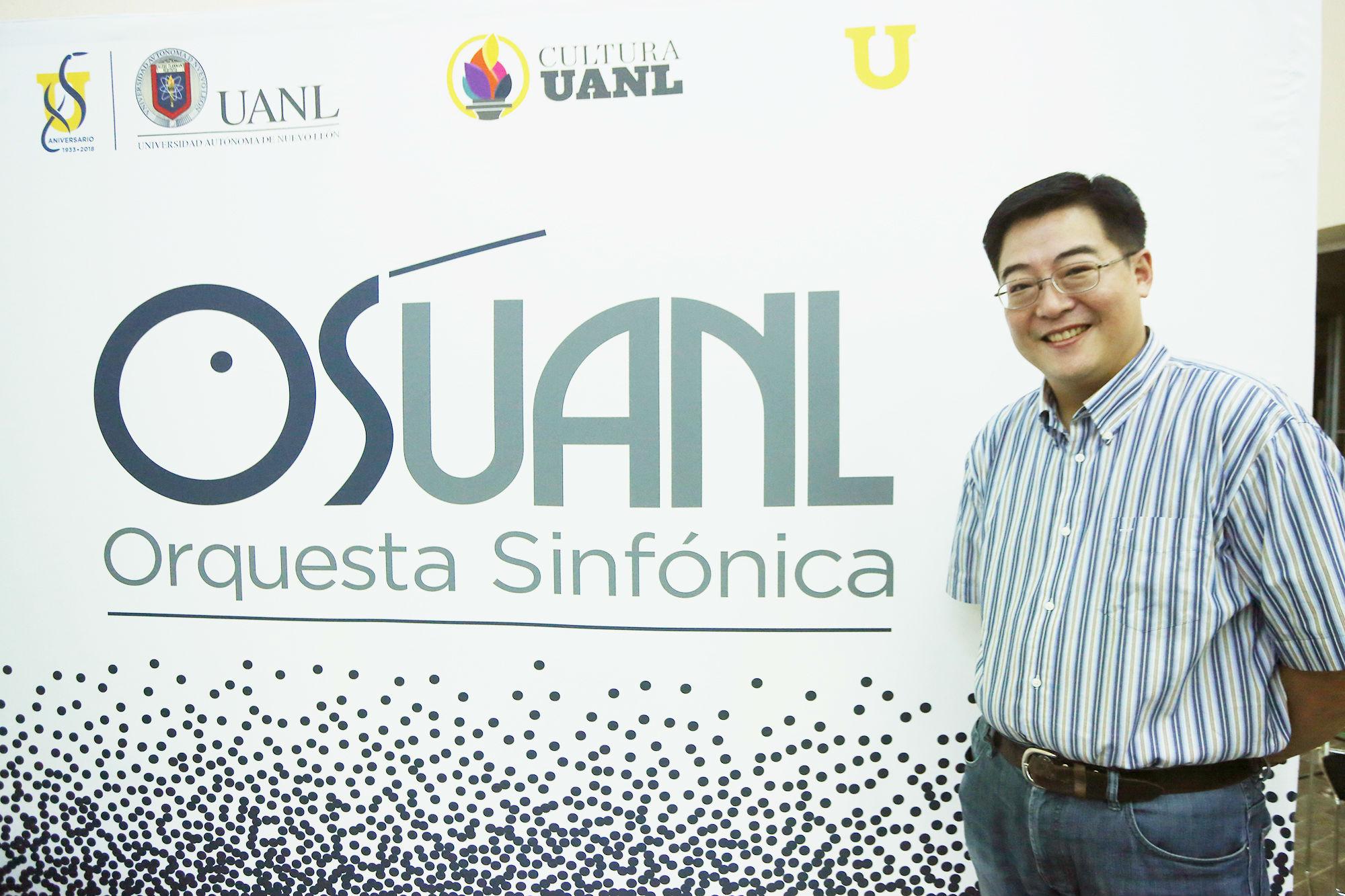 Shih-Hung Young, Director huésped de la OSUANL