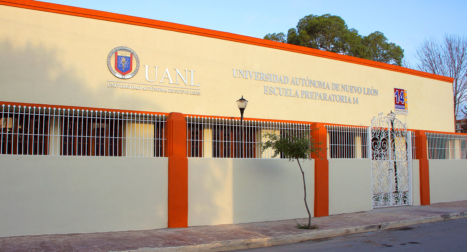 Escuela Preparatoria No. 14 General Terán