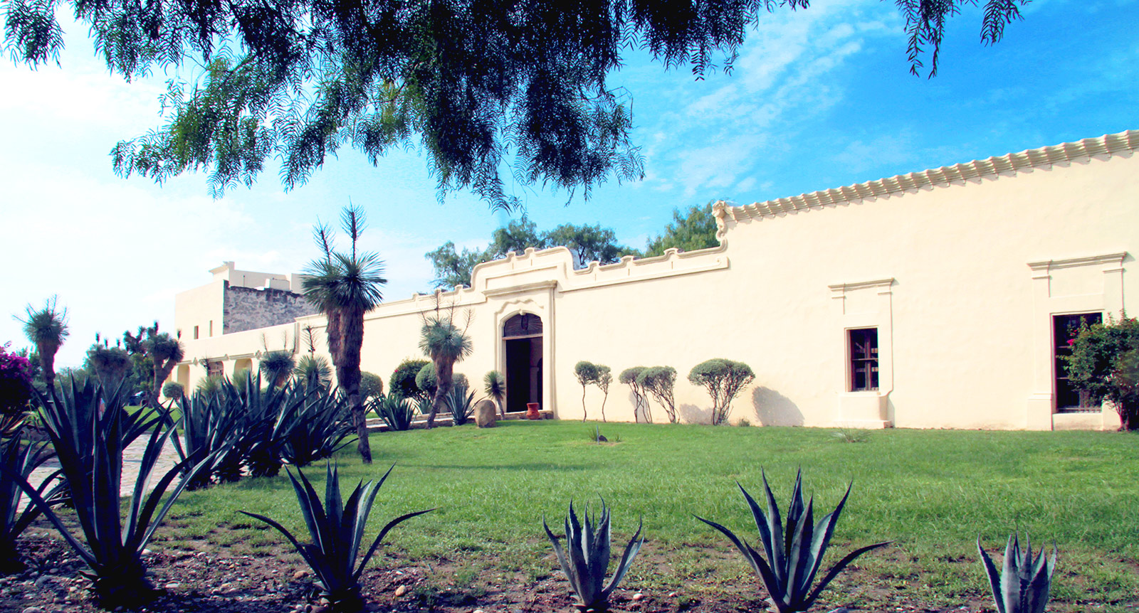 """Centro de Información de Historia Regional y Hacienda San Pedro """"Celso Garza Guajardo"""""""