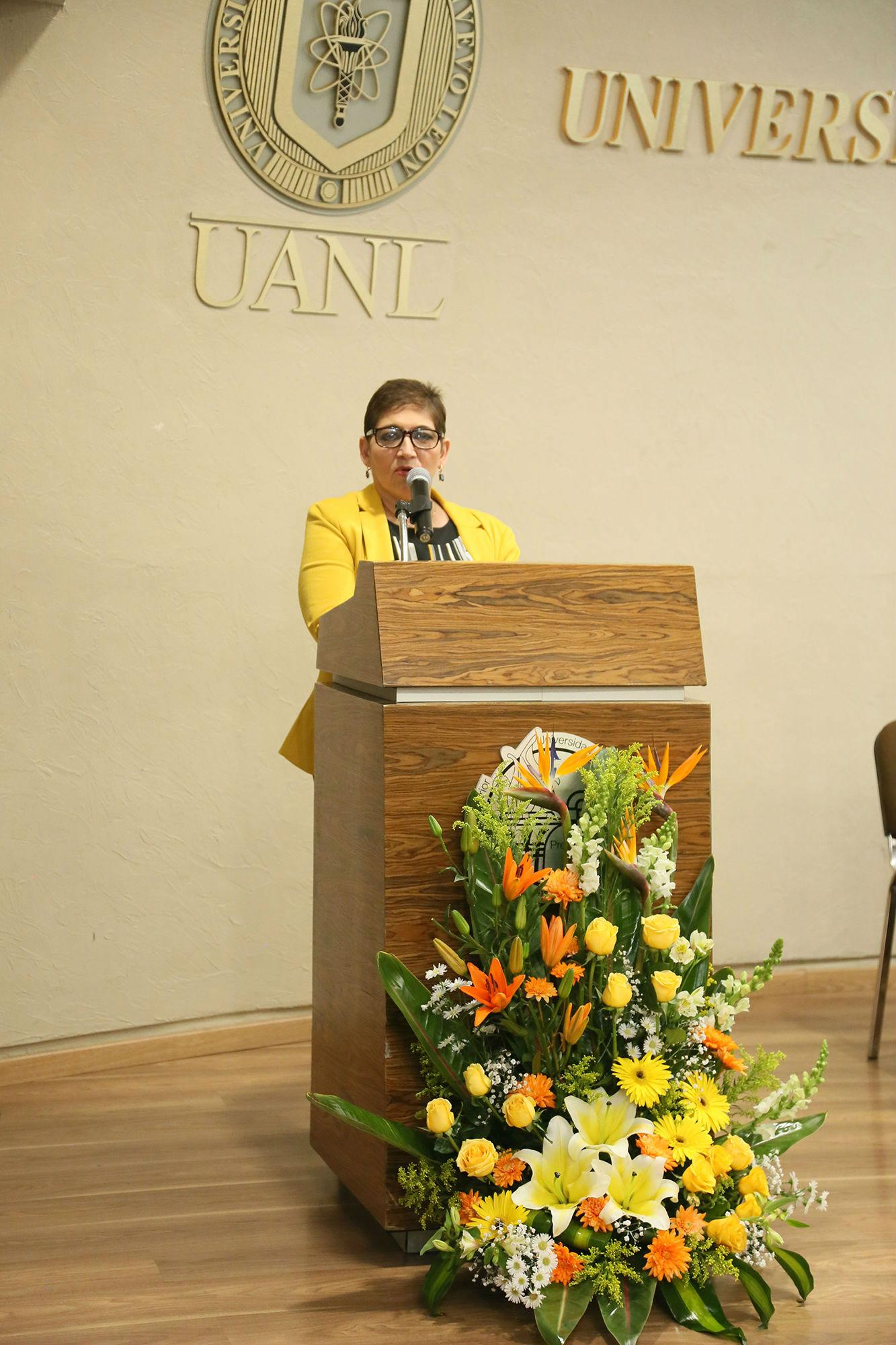 Linda Angélica Osorio Castillo, Directora de la Preparatoria 3