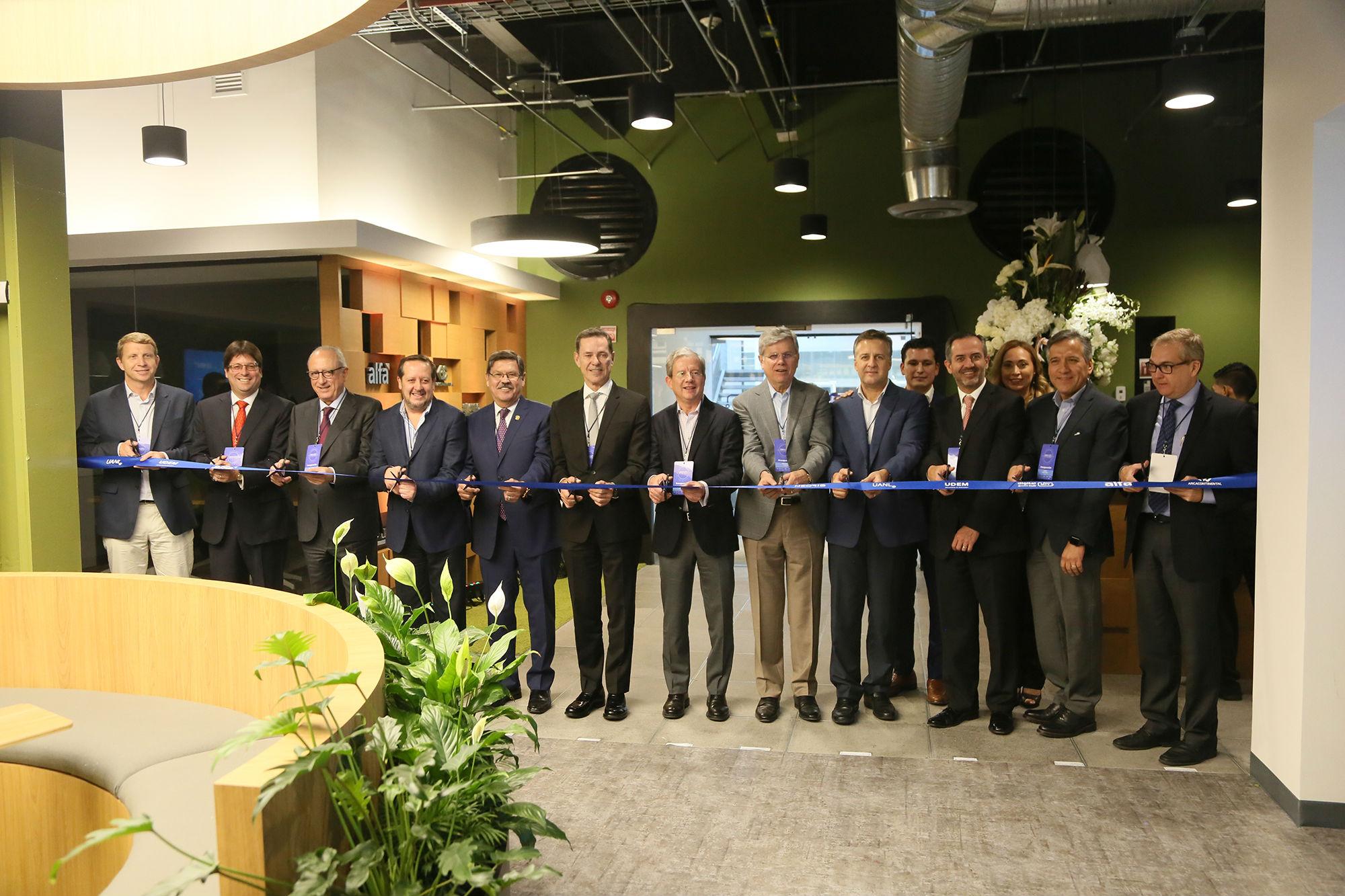 Colabora UANL en la digitalización de empresas