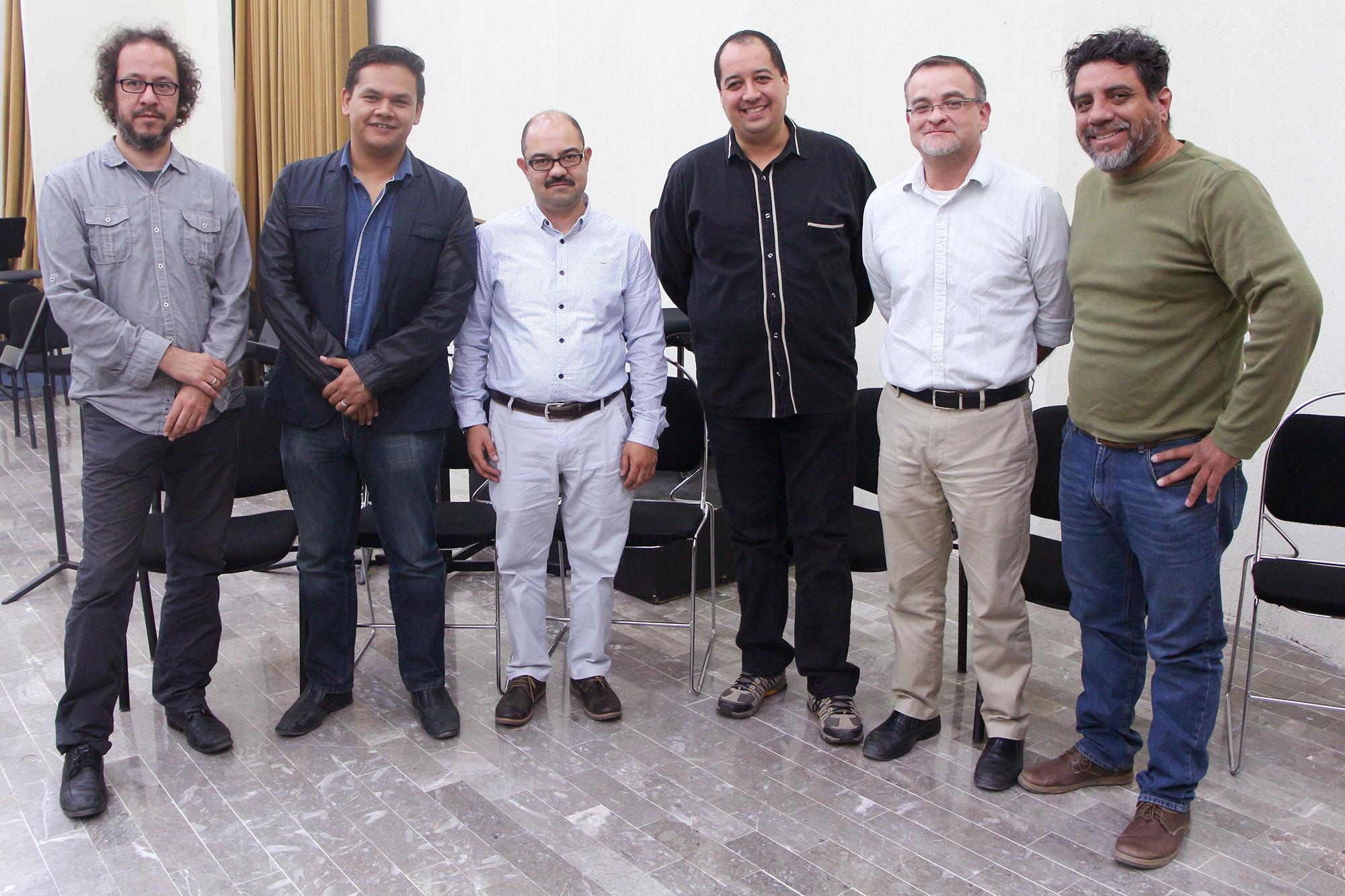 Los compositores Daniel Flores, Rolando Cruz, Roberto Flores y Ricardo Hernández