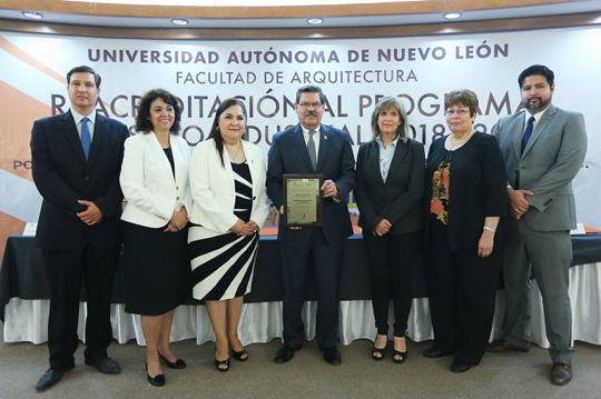 Diseño Industrial de la UANL recibe acreditación nacional