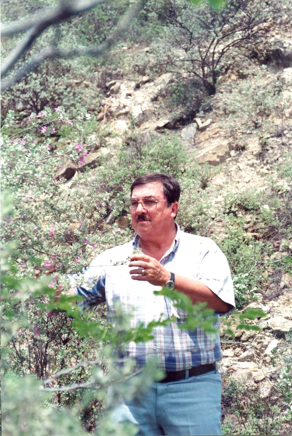 Dr. Glafiro José Alanís Flores