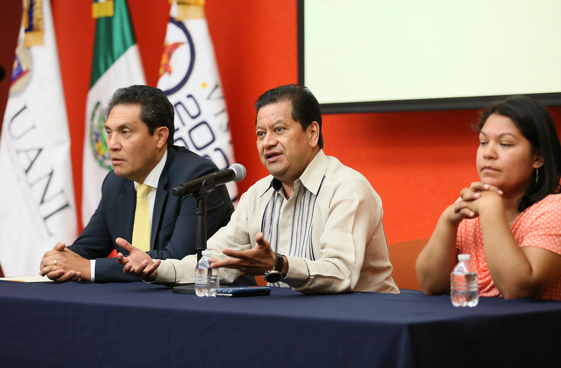 Calos Gutiérrez García, Presidente de la Comisión de Ciencia y Tecnología de la LXII Legislatura del Congreso de La Unión