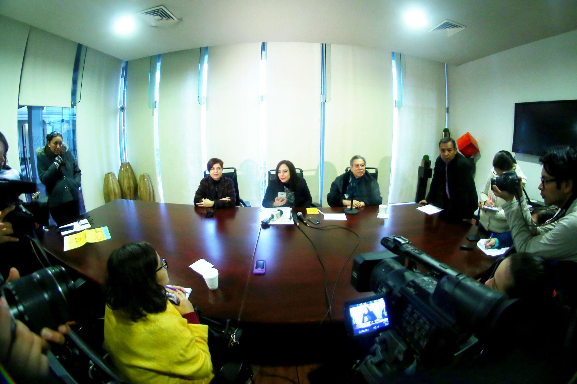 La rueda de prensa se llevó a cabo en Colegio Civil Centro Cultural Universitario
