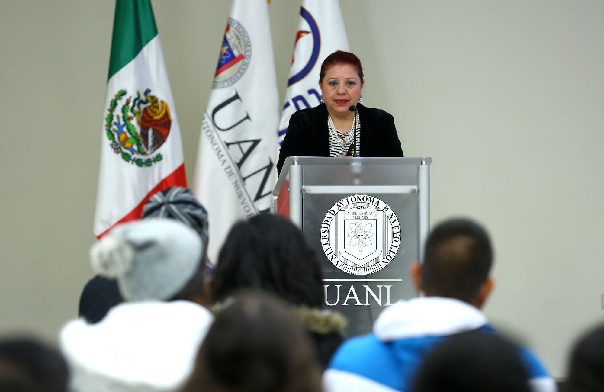 Emma Melchor, Directora de Intercambio Académico