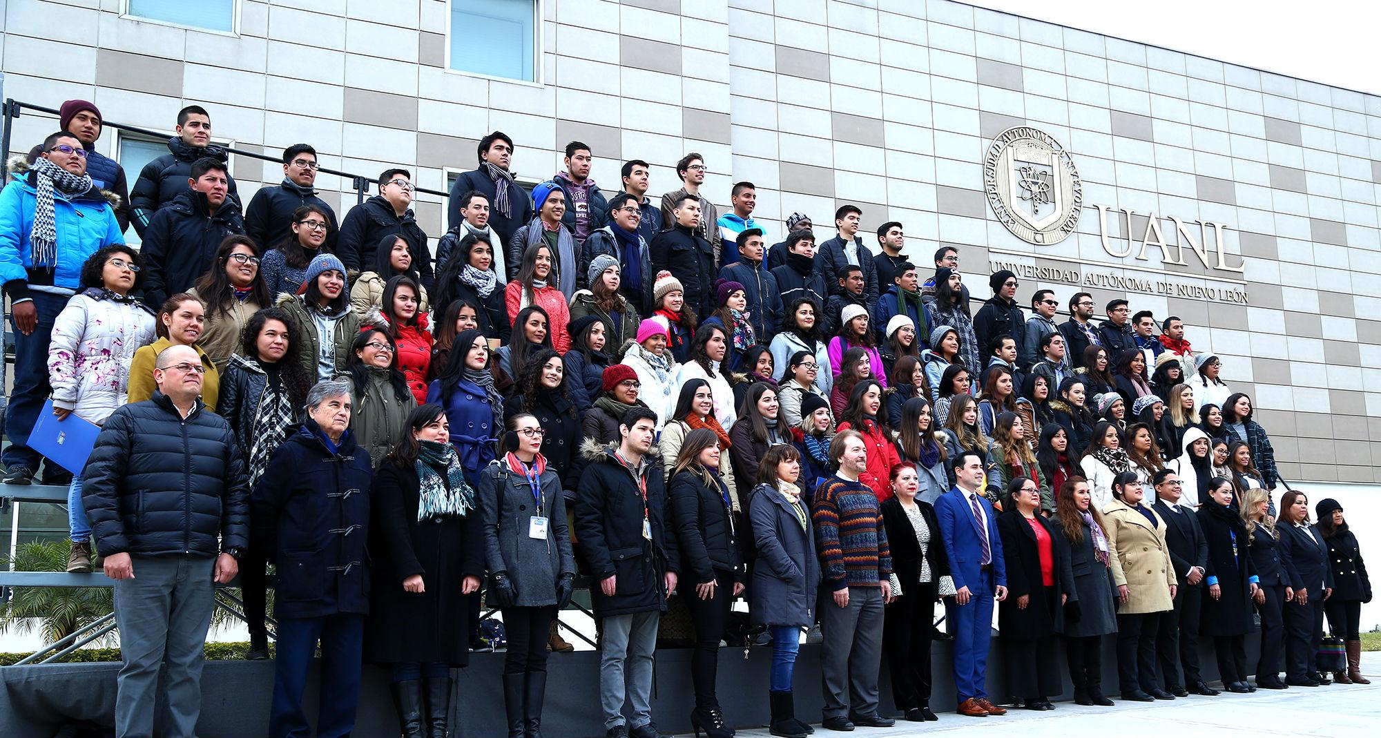 Este semestre 300 estudiantes de diferentes partes del país y del mundo, estudiarán en la UANL