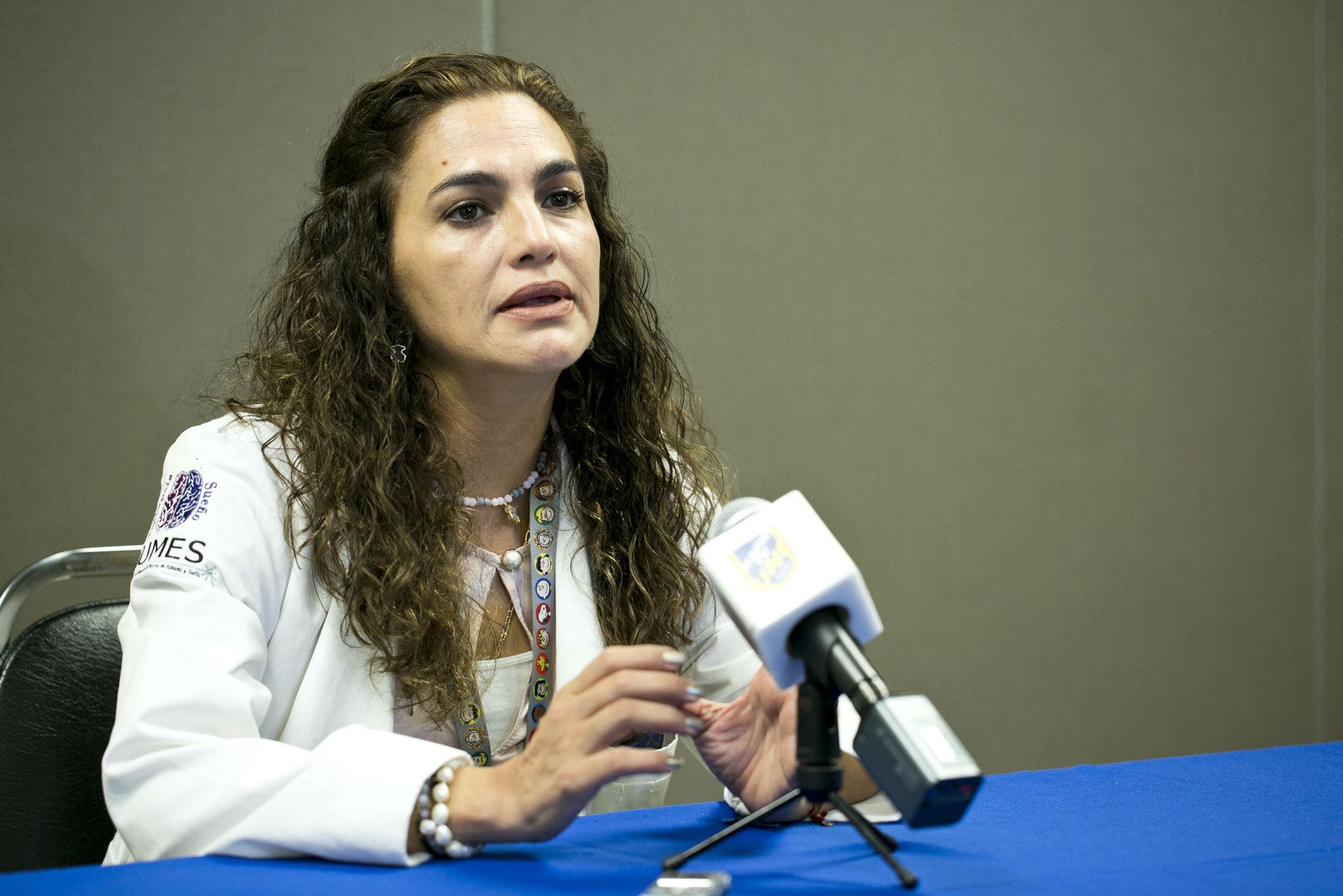 Beatriz Chávez Luévanos, Jefa del Servicio de Neurología del Hospital Univeristario