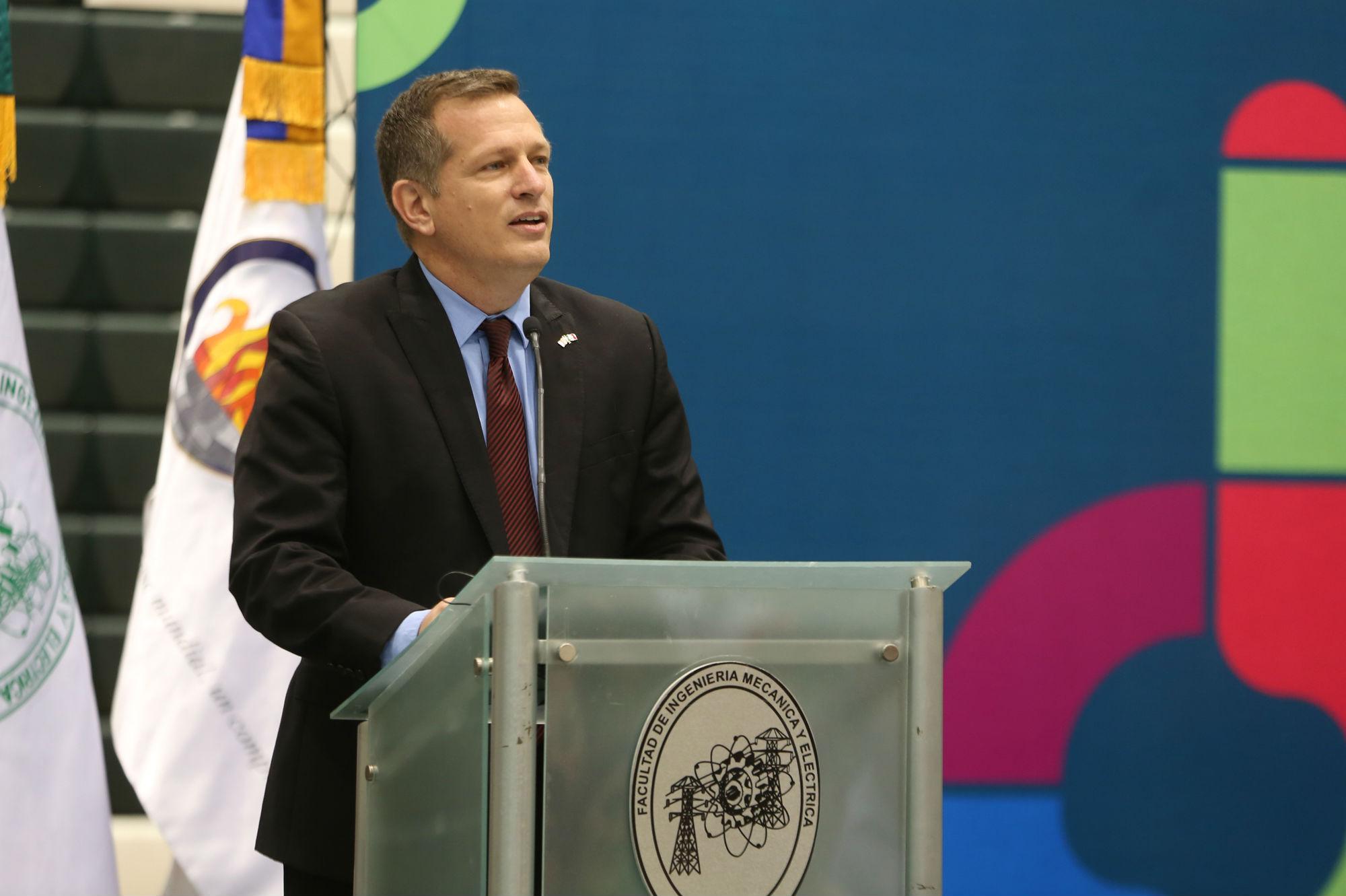 Jeffrey Lodermeier, Cónsul para la Educación y la Cultura