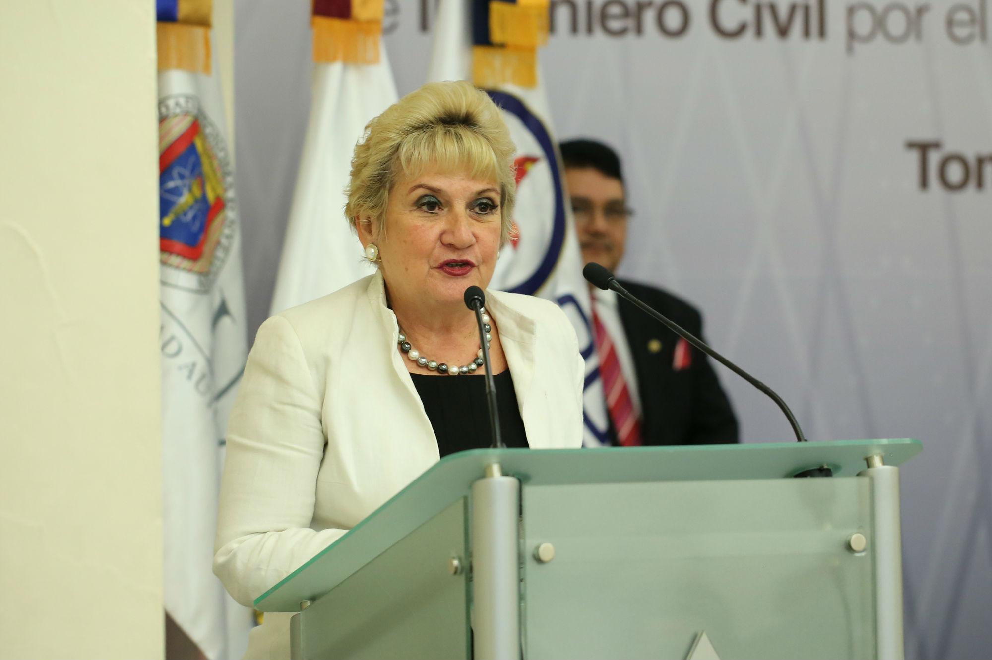 María Elena Barrera Bustillos, Directora del CACEI