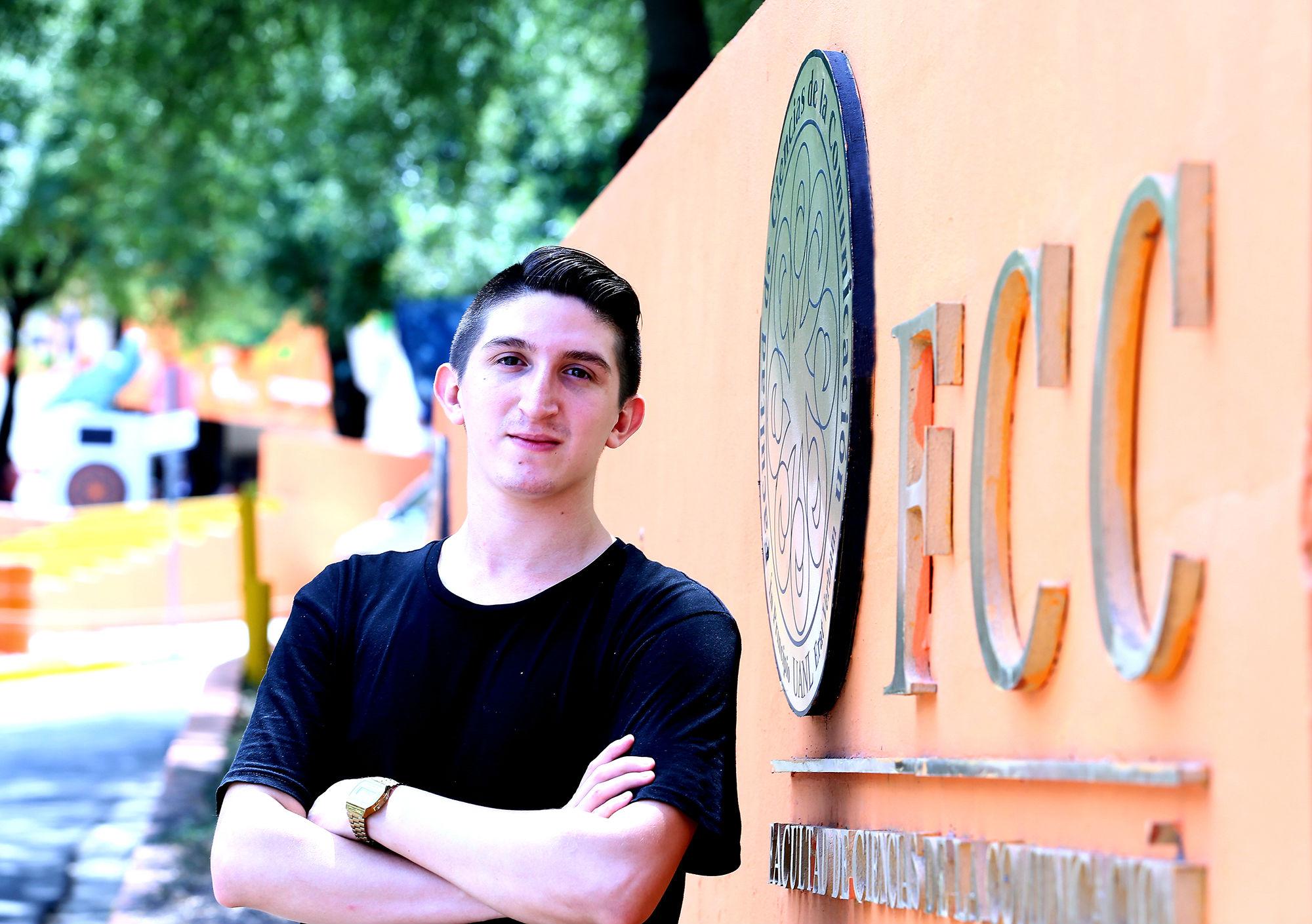 Federico Aldape, estudiante de la Facultad de Ciencias de la Comunicación