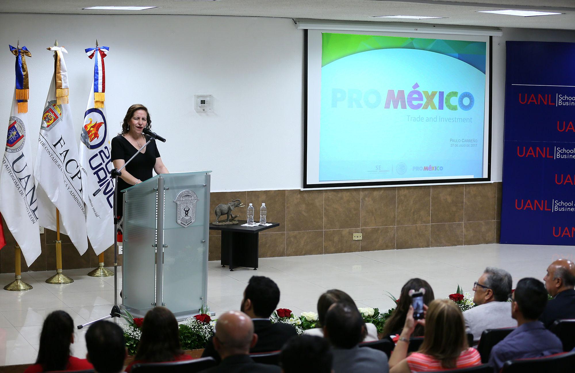 Carmen del Rosario de la Fuente García, Secretaria General de la UANL