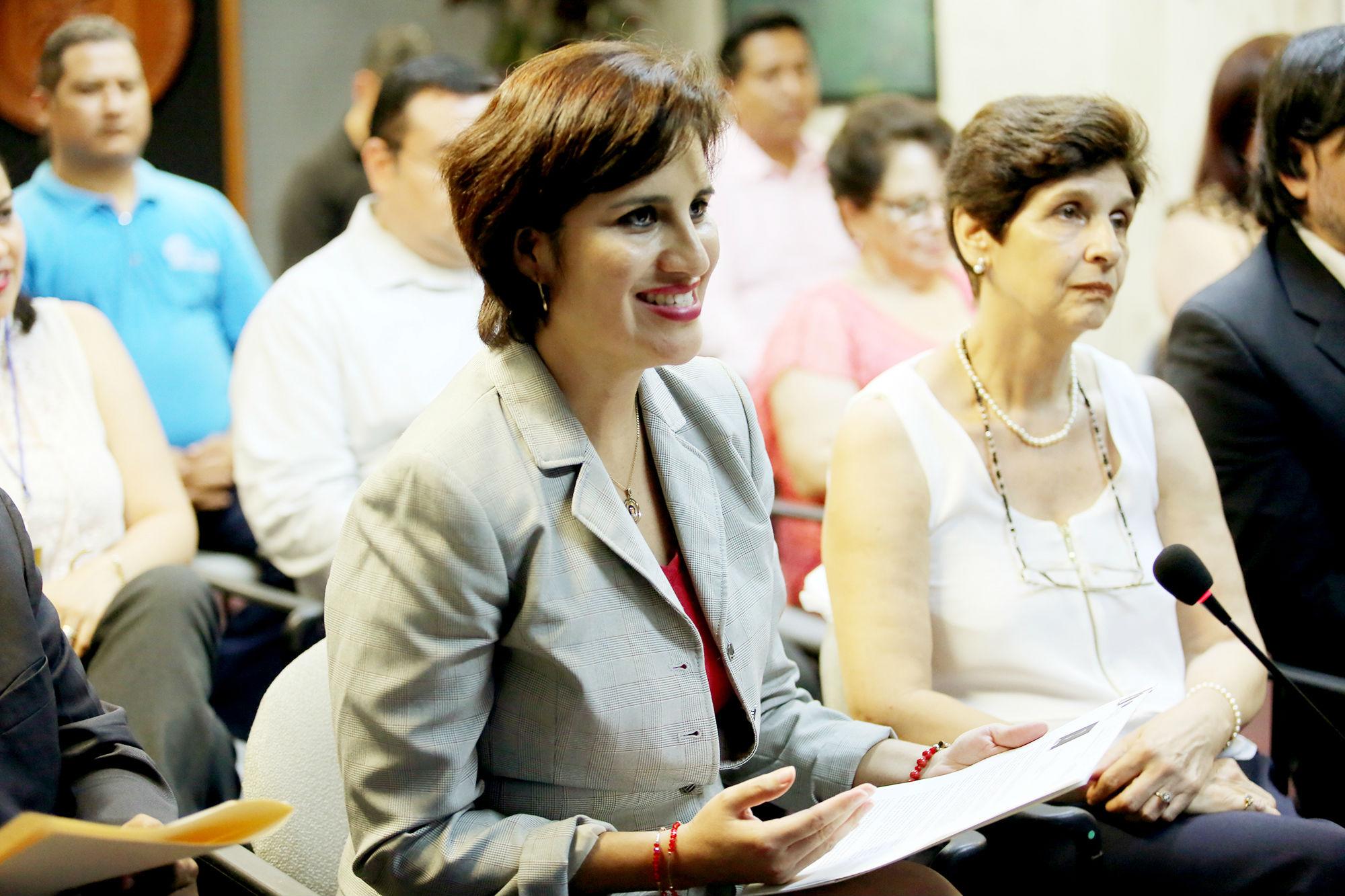 Lucero Cavazos, Directora de Educación Digital de la UANL