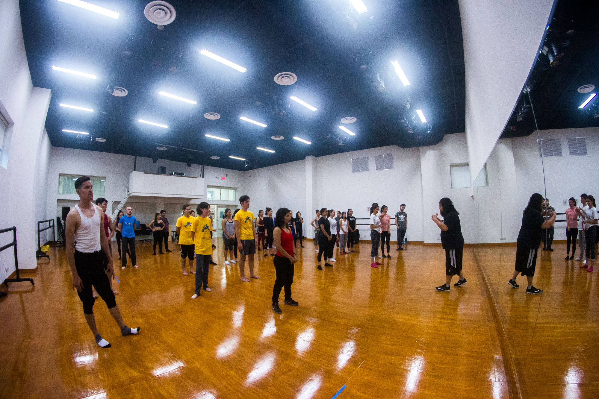 Estudiantes que tomaron el taller de danza urbana de Mizraim Araujo