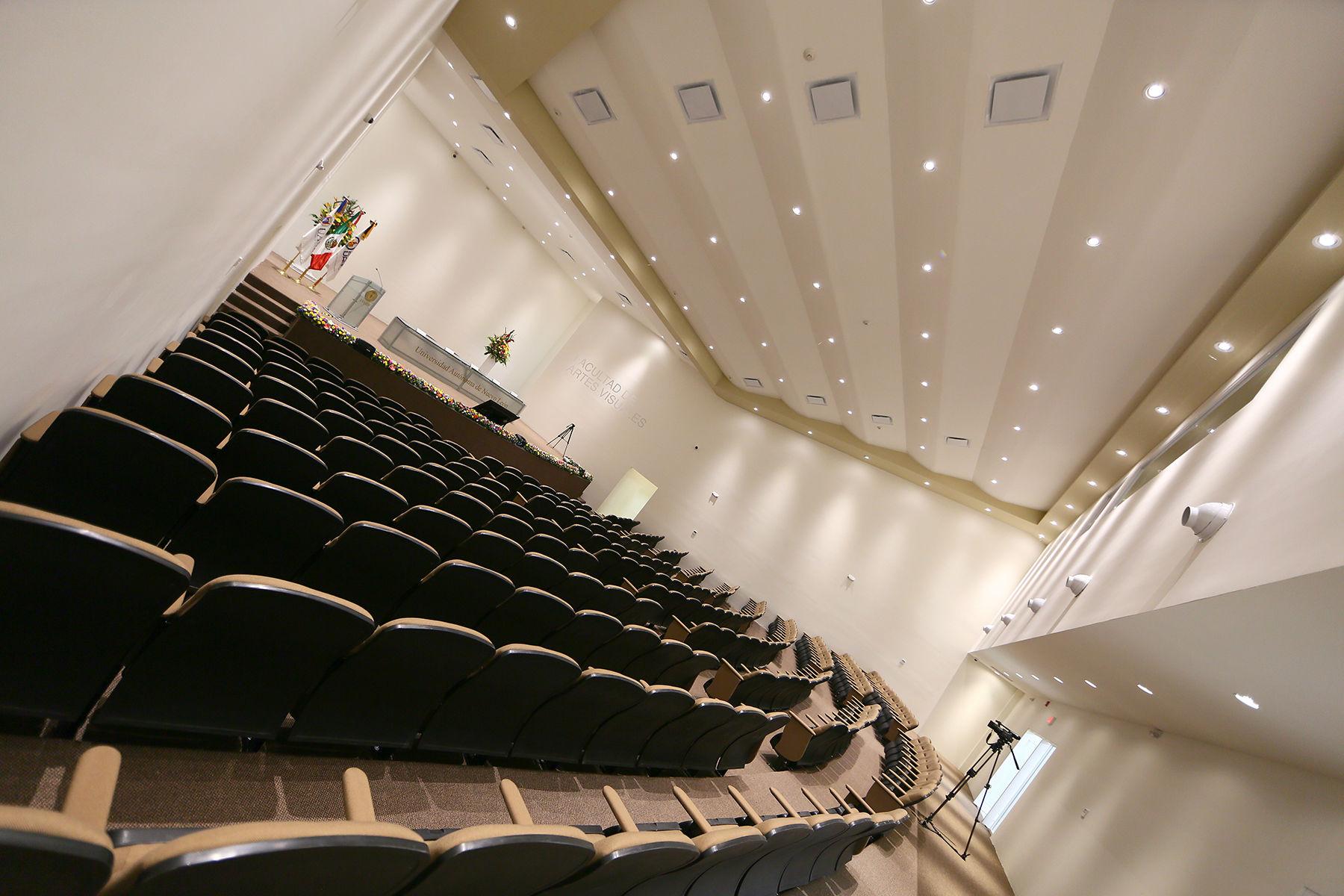 Nuevo auditorio de la FAV