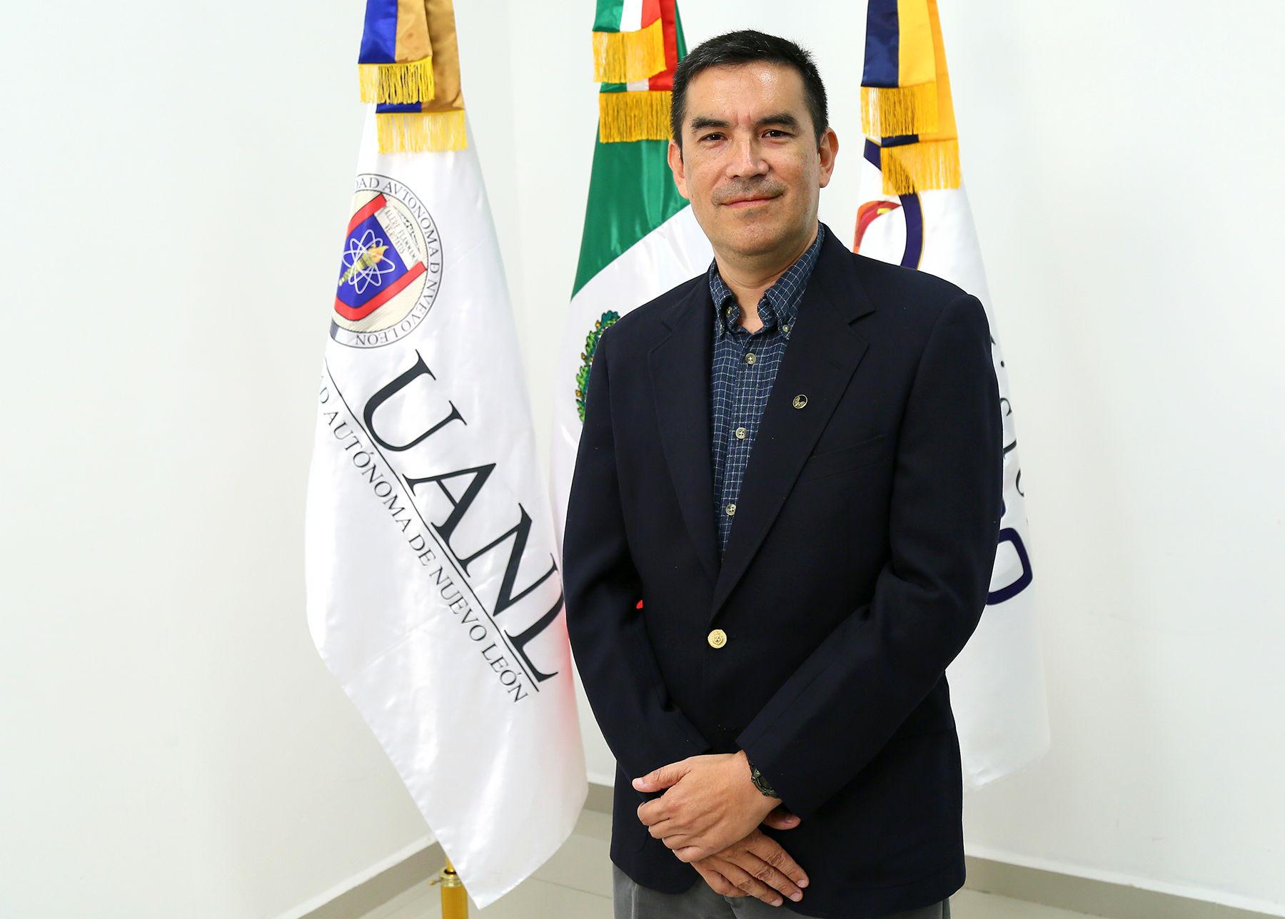 Roger Z. Ríos Mercado, ganador en la categoría de Ciencias Exactas