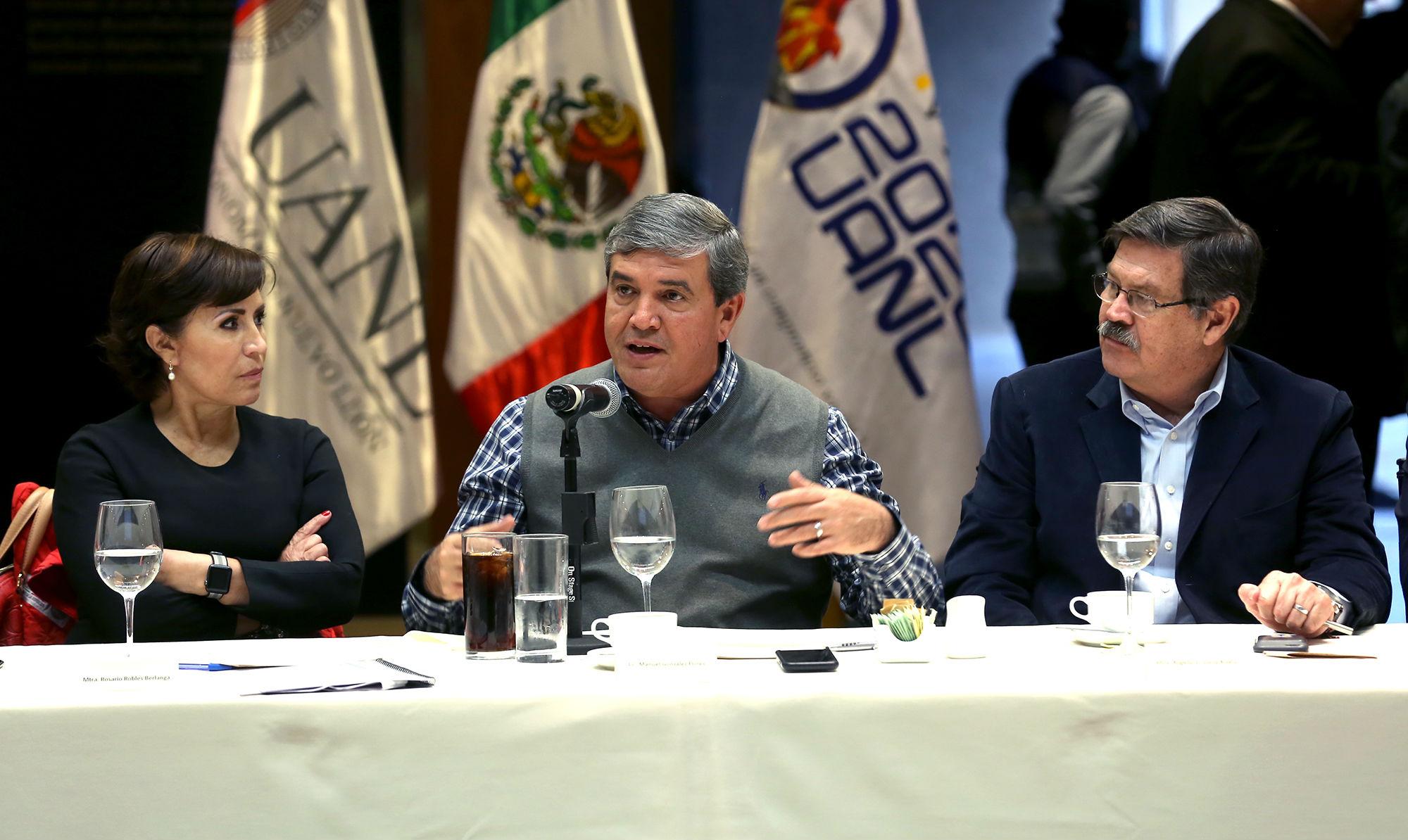 Manuel González Flores, Gobernador interino de Nuevo León