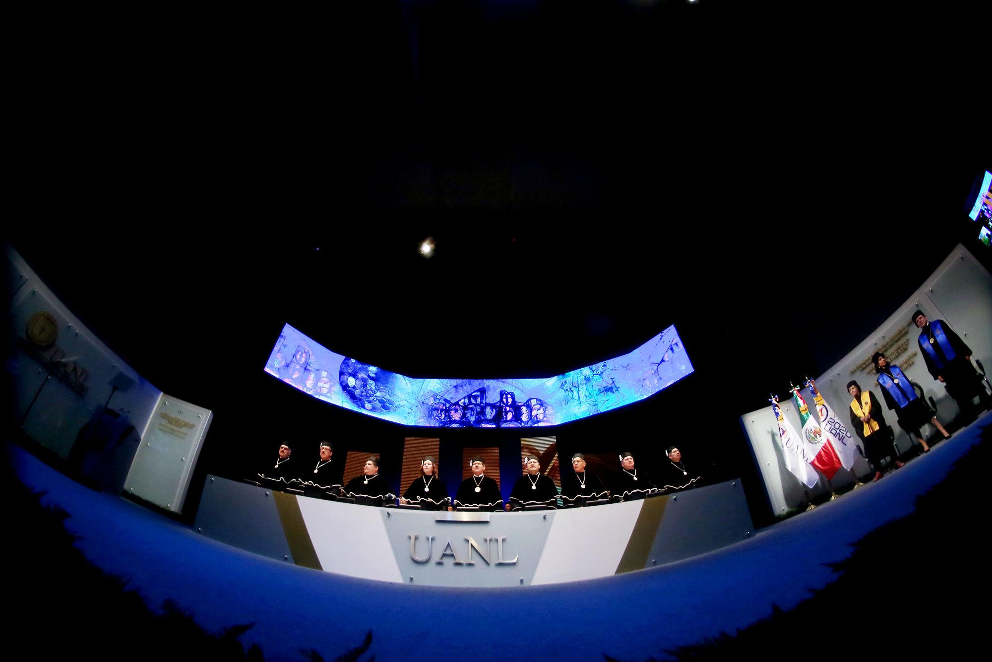La UANL distinguió a Alicia Reyes, Brigitte Plateau y Jaime Parada Ávila, por su contribución a la educación y las ciencias