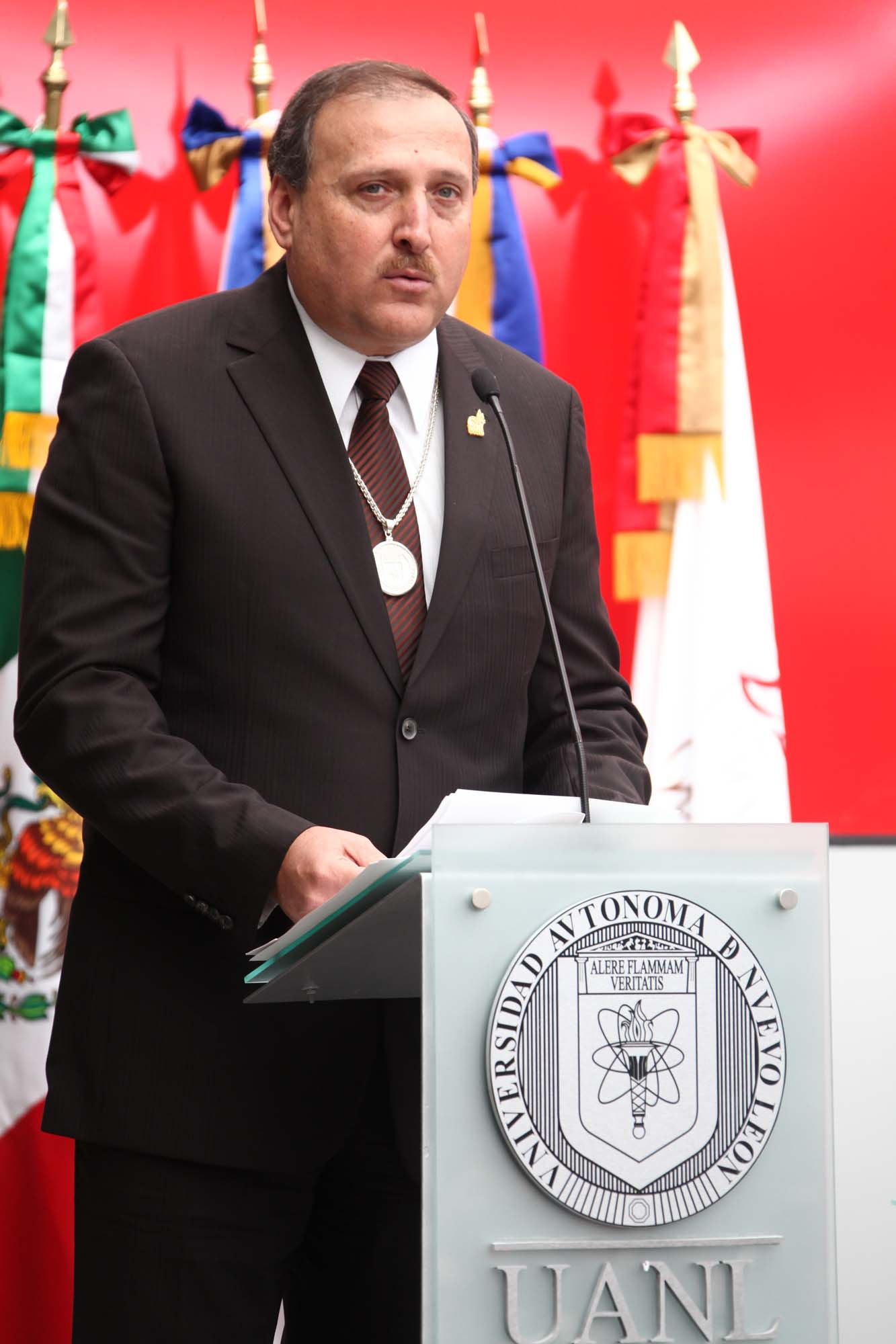 Alejandro Villarreal Dey, Director de la Preparatoria 9