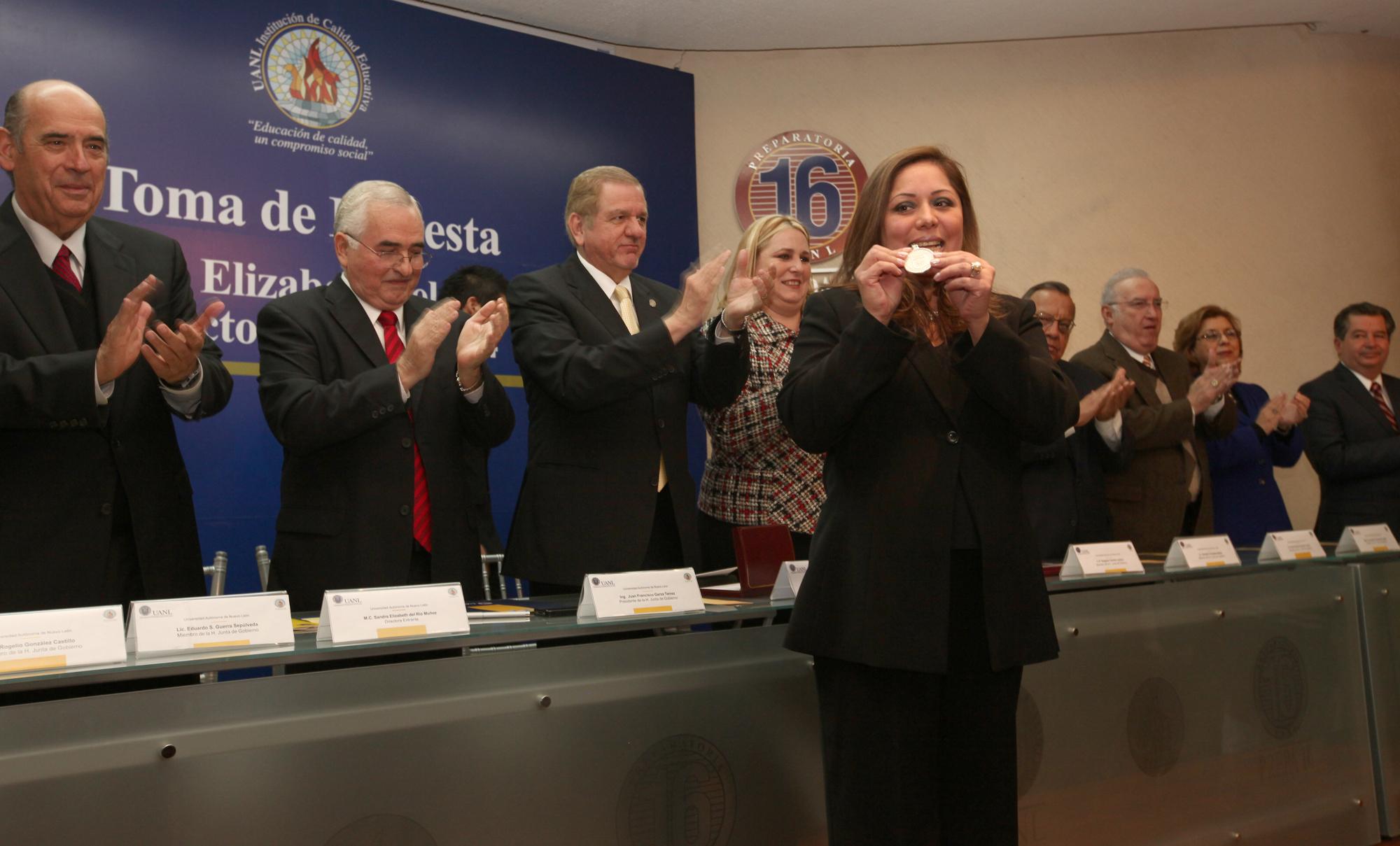 Toma de protesta de Sandra Elizabeth del Río como Directora de la Preparatoria 16