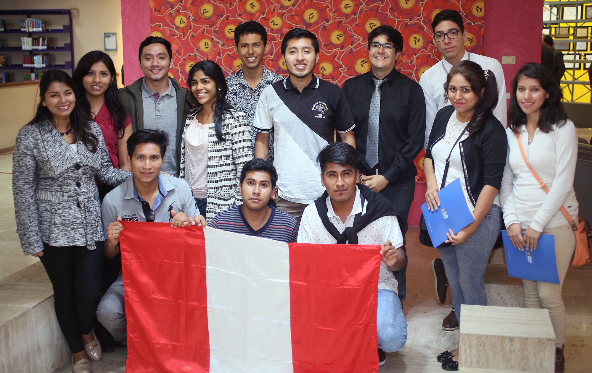 Estudiantes procedentes de Perú