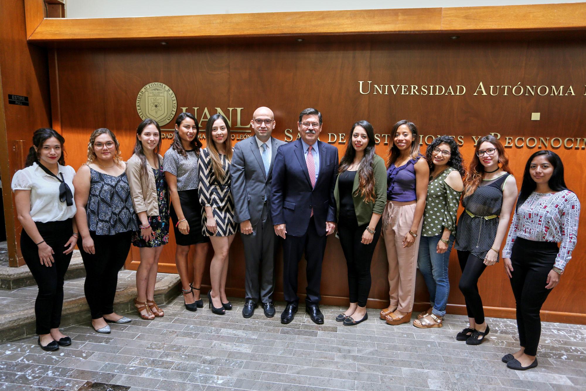 Estudiantes de la Facultad de Ciencias Políticas que harán intercambio académico