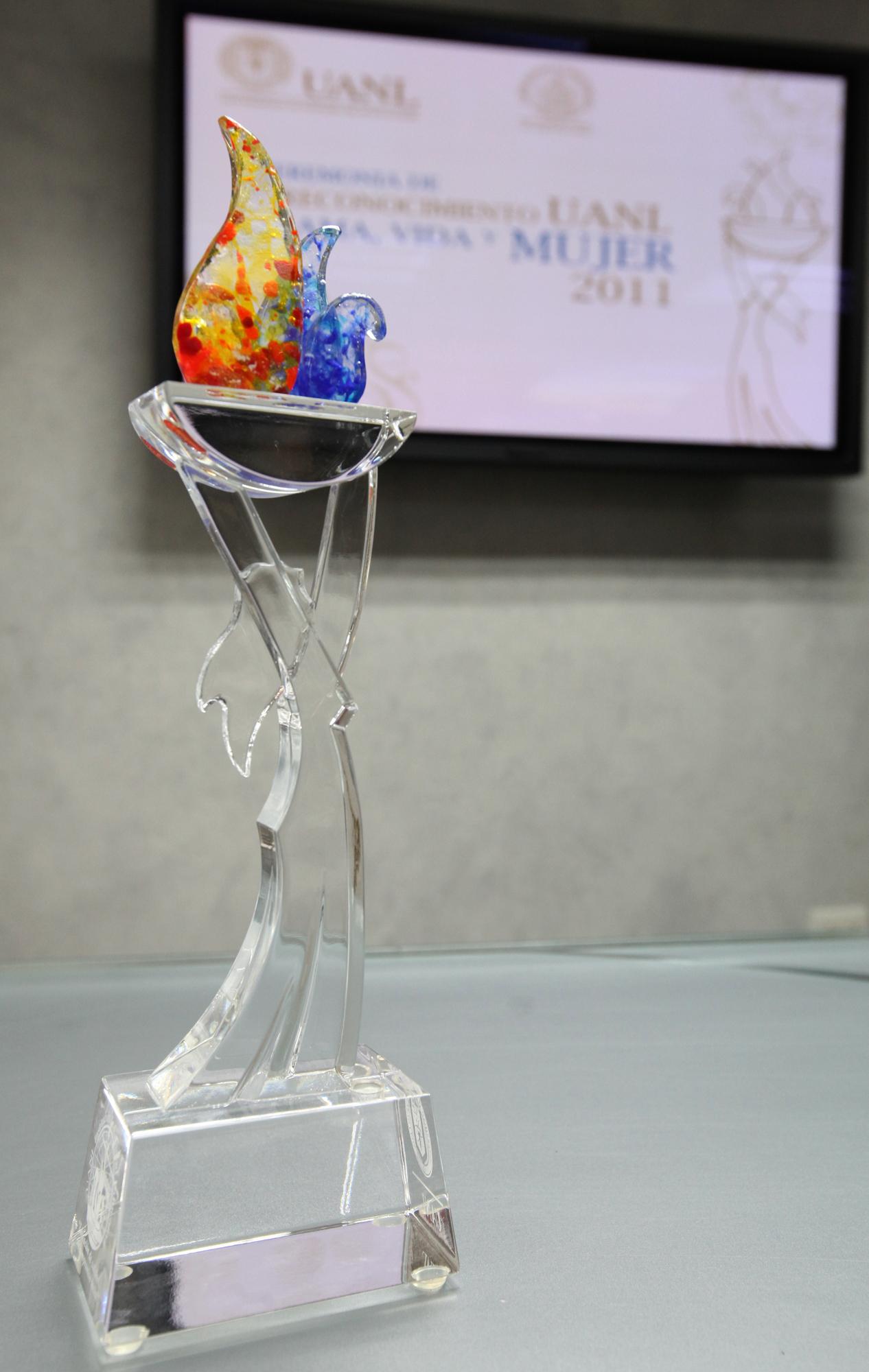 Premio Flama, Vida y Mujer 2011