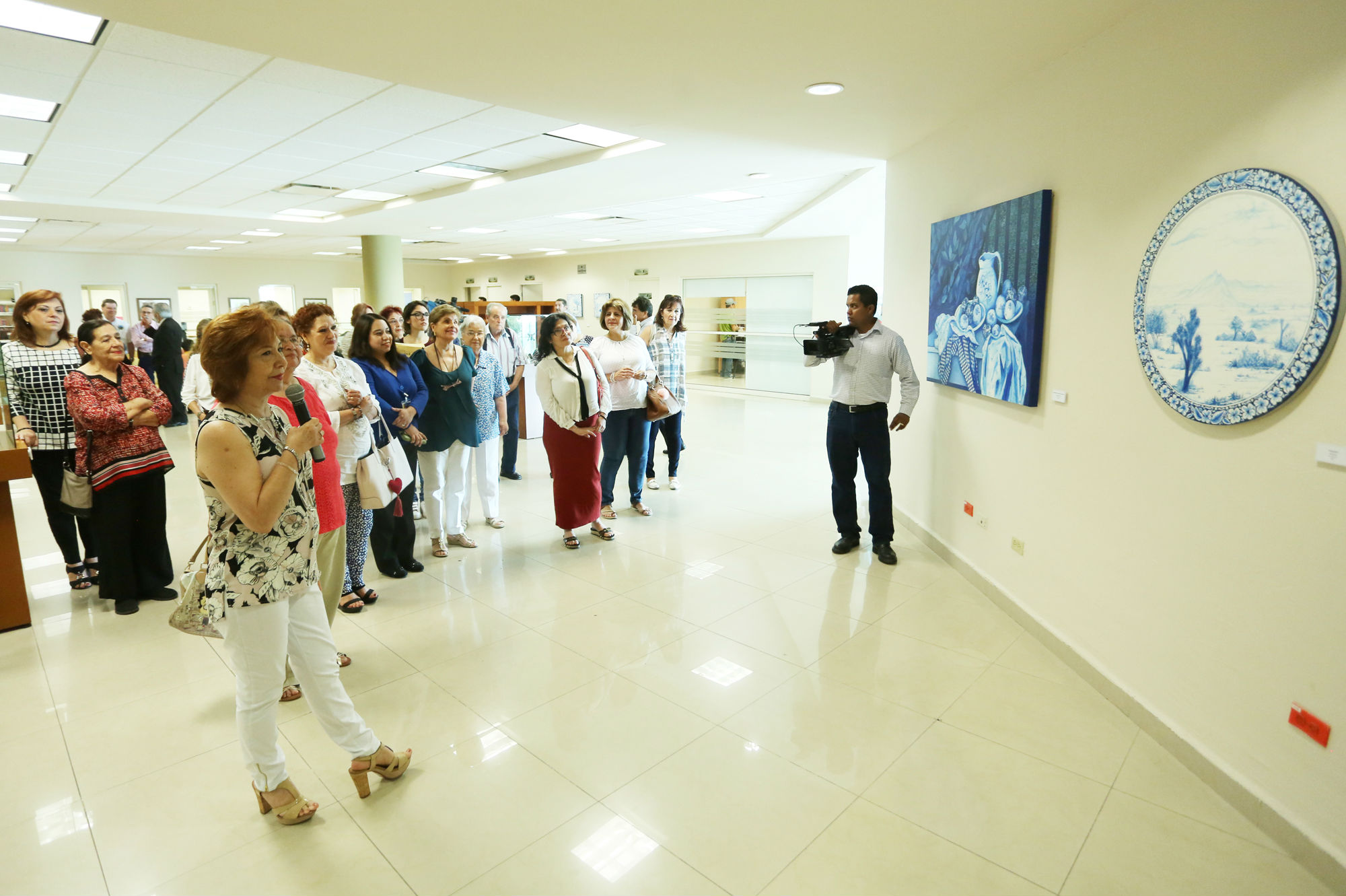 La exposición se encuentra en la Biblioteca de Ciencias Agropecuarias y Biológicas