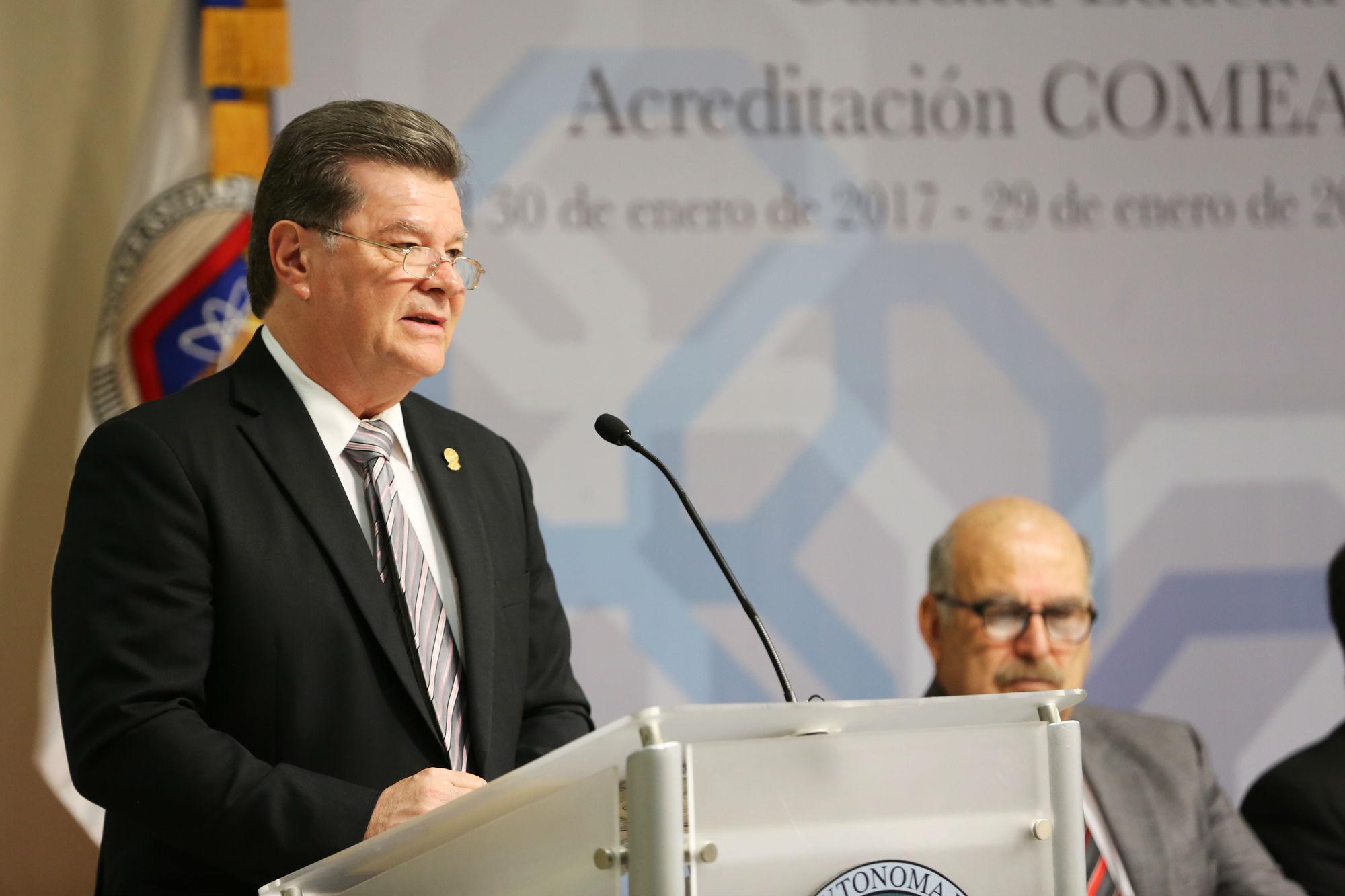 Alejandro Sergio del Bosque González, Director de la Facultad de Agronomía