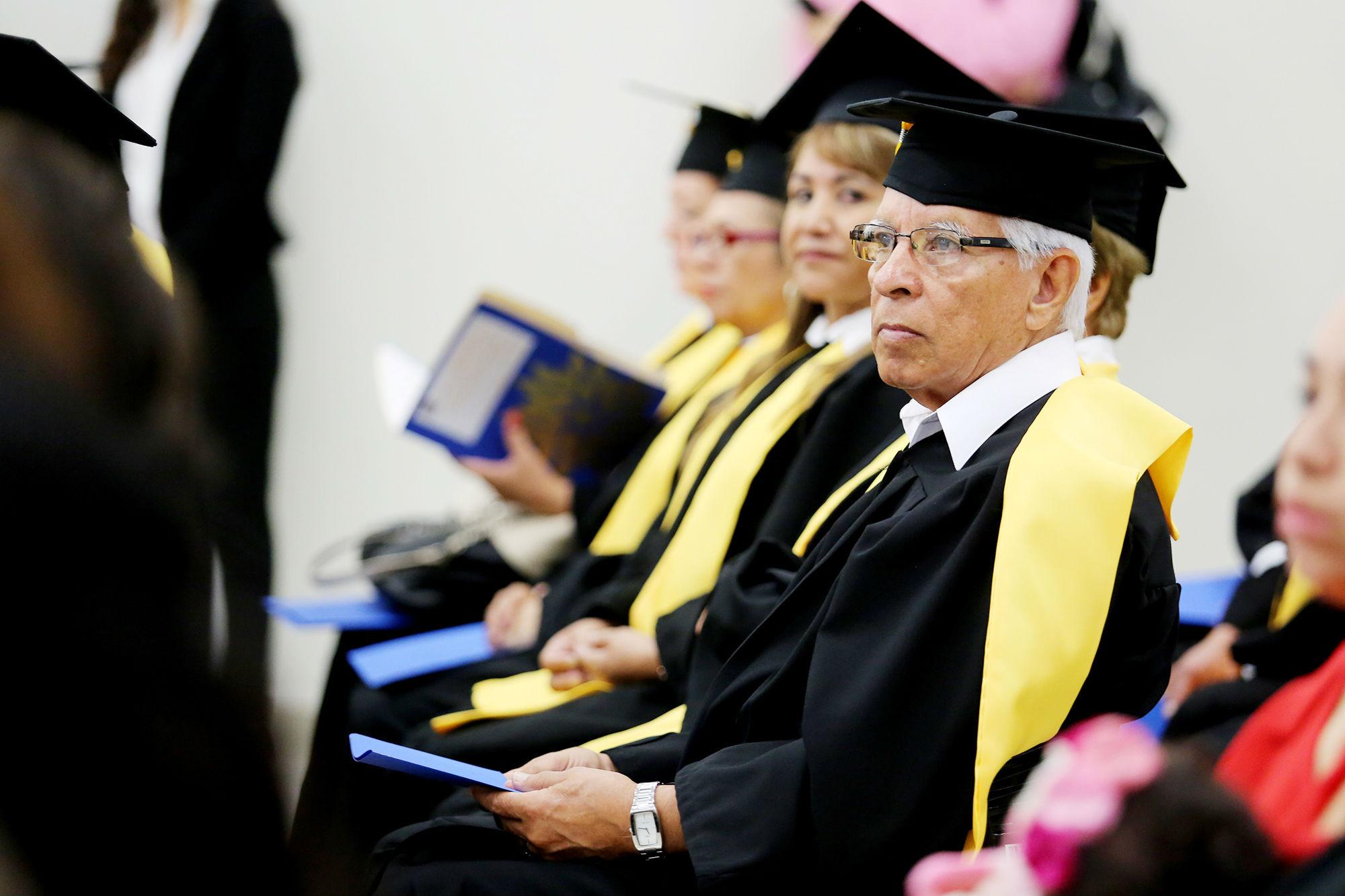 Graduados de la quinta generación