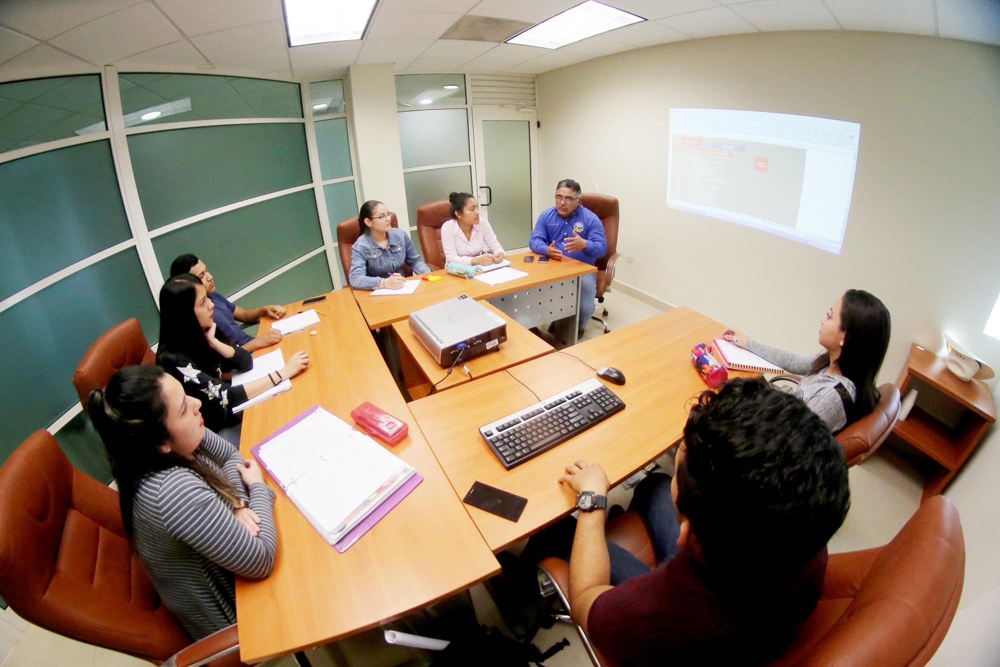 La Facultad ofrece la carrera de ingeniero en agronegocios