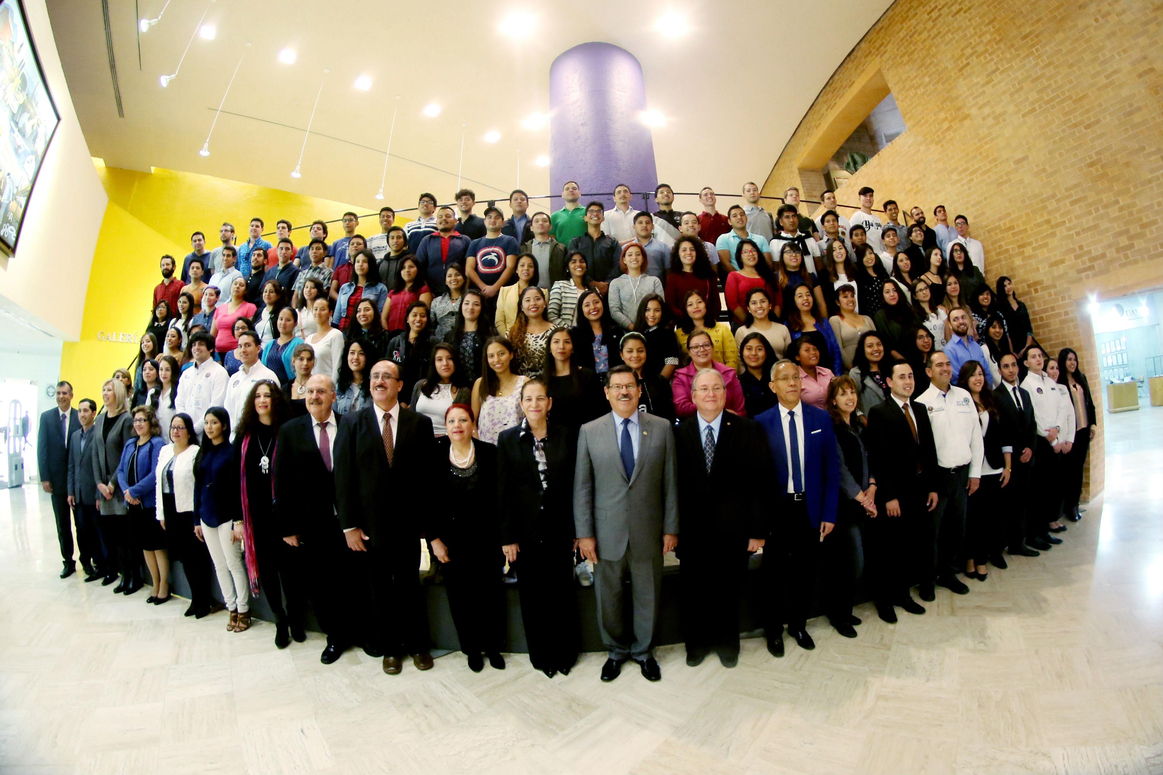 ¡Bienvenidos estudiantes de intercambio académico!