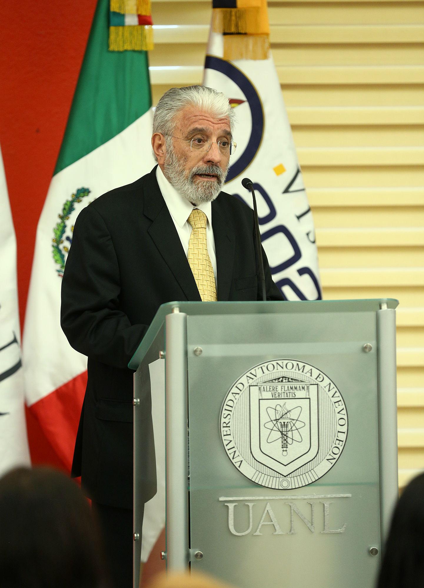 Porfirio Tamez Solís, Director General de Bibliotecas de la UANL