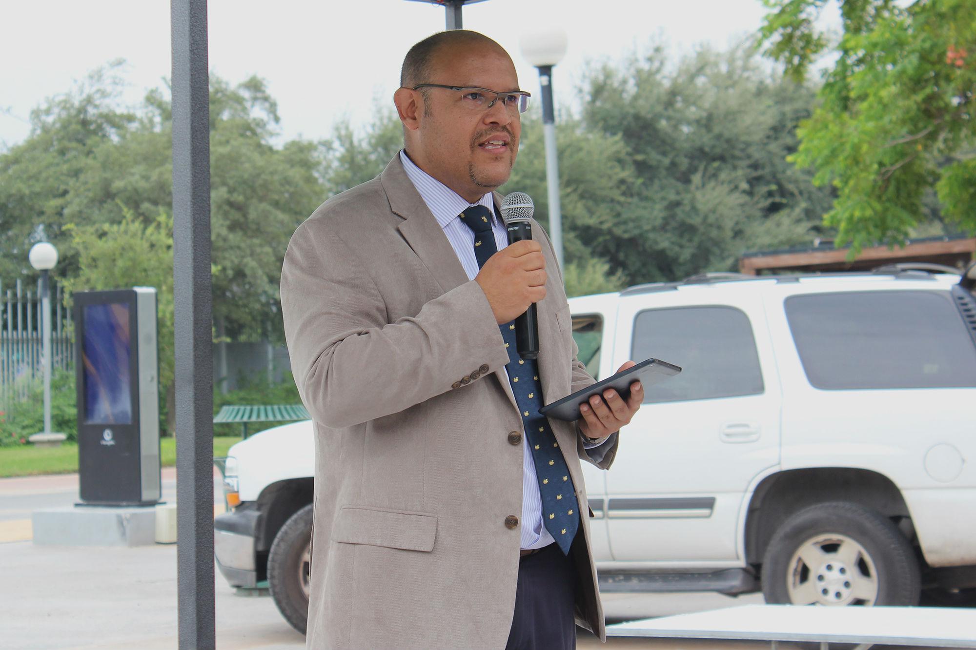 Lic. Pablo Lozano García hablando sobre los medios de comunicación actuales
