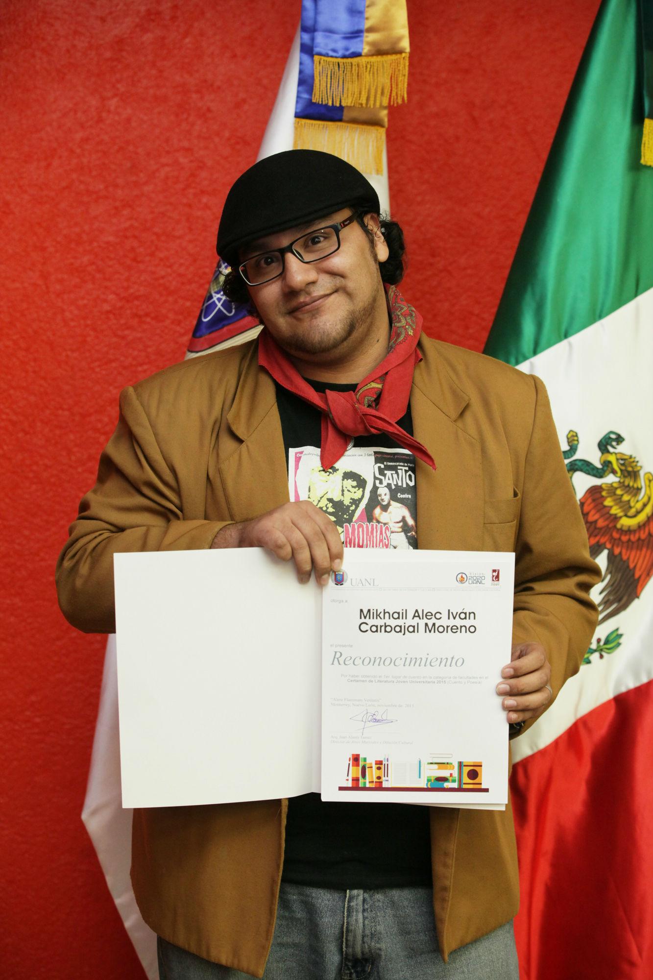 Iván Carbajal, primer lugar en Cuento categoría Facultades