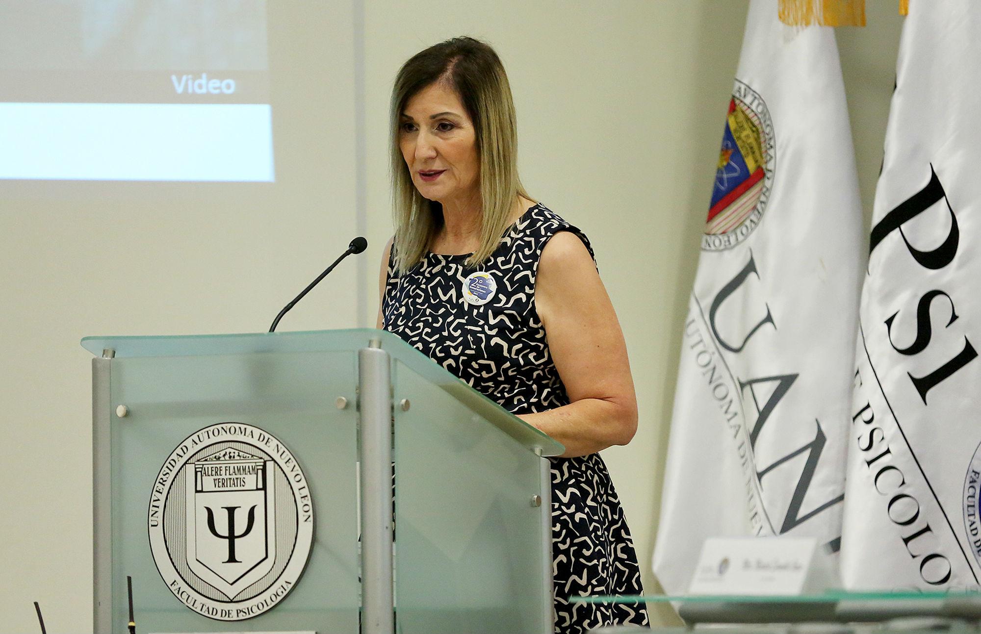 Mensaje de la maestra Maricela Escamilla Garza, ex alumna de la Facultad de Psicología