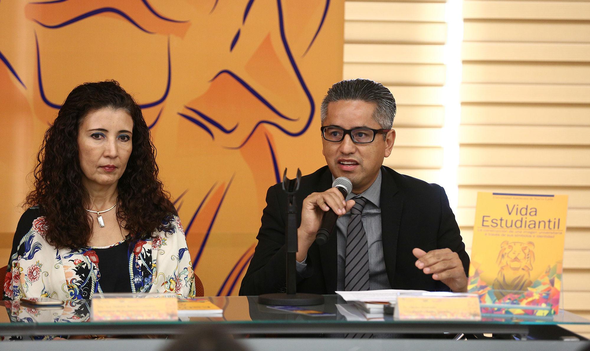 La investigación del significado de las mascotas fue realizada por el Dr. Héctor Alvarado