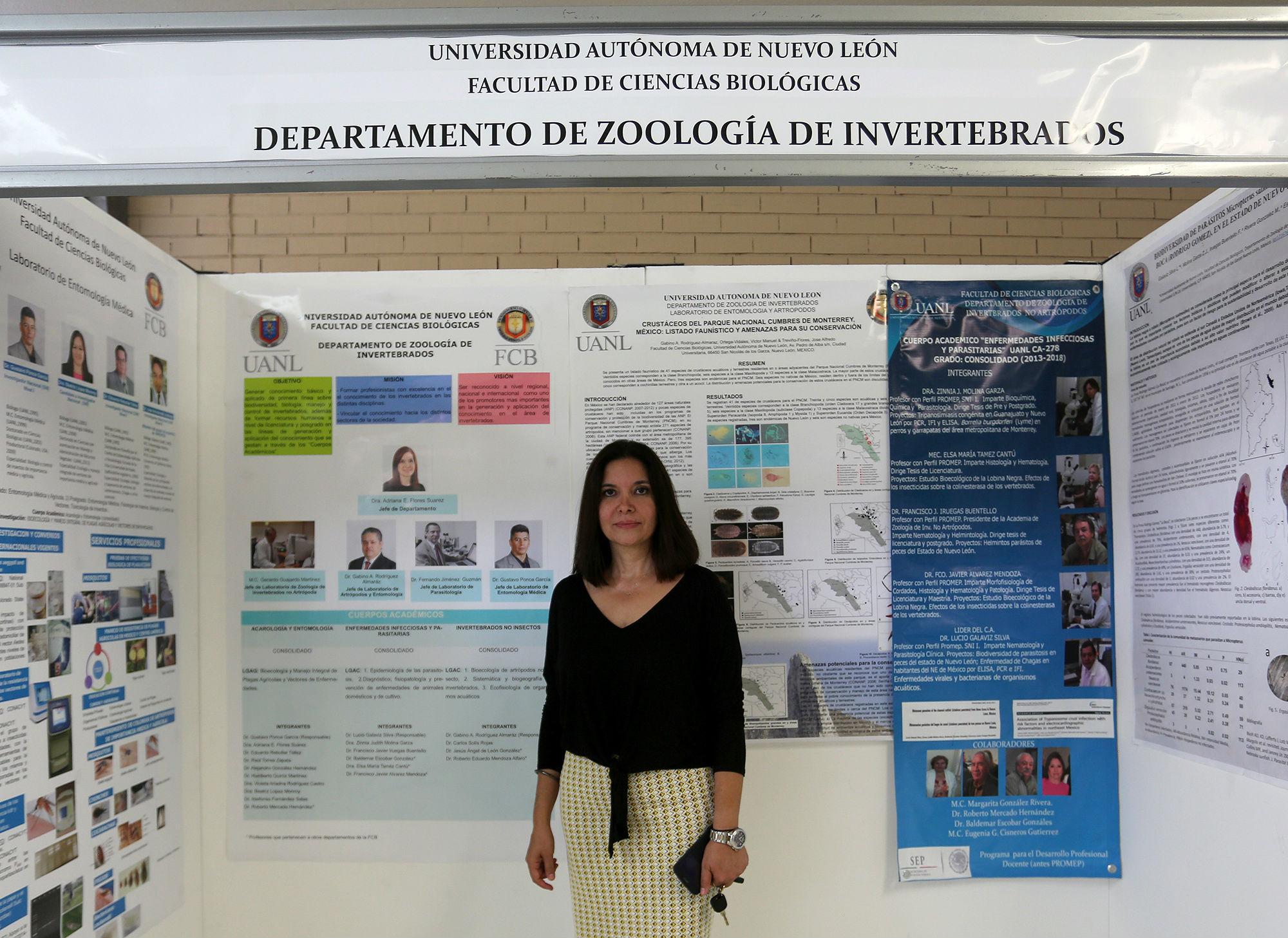 Dra. Adriana E. Flores suárez, Jefa del Departamento