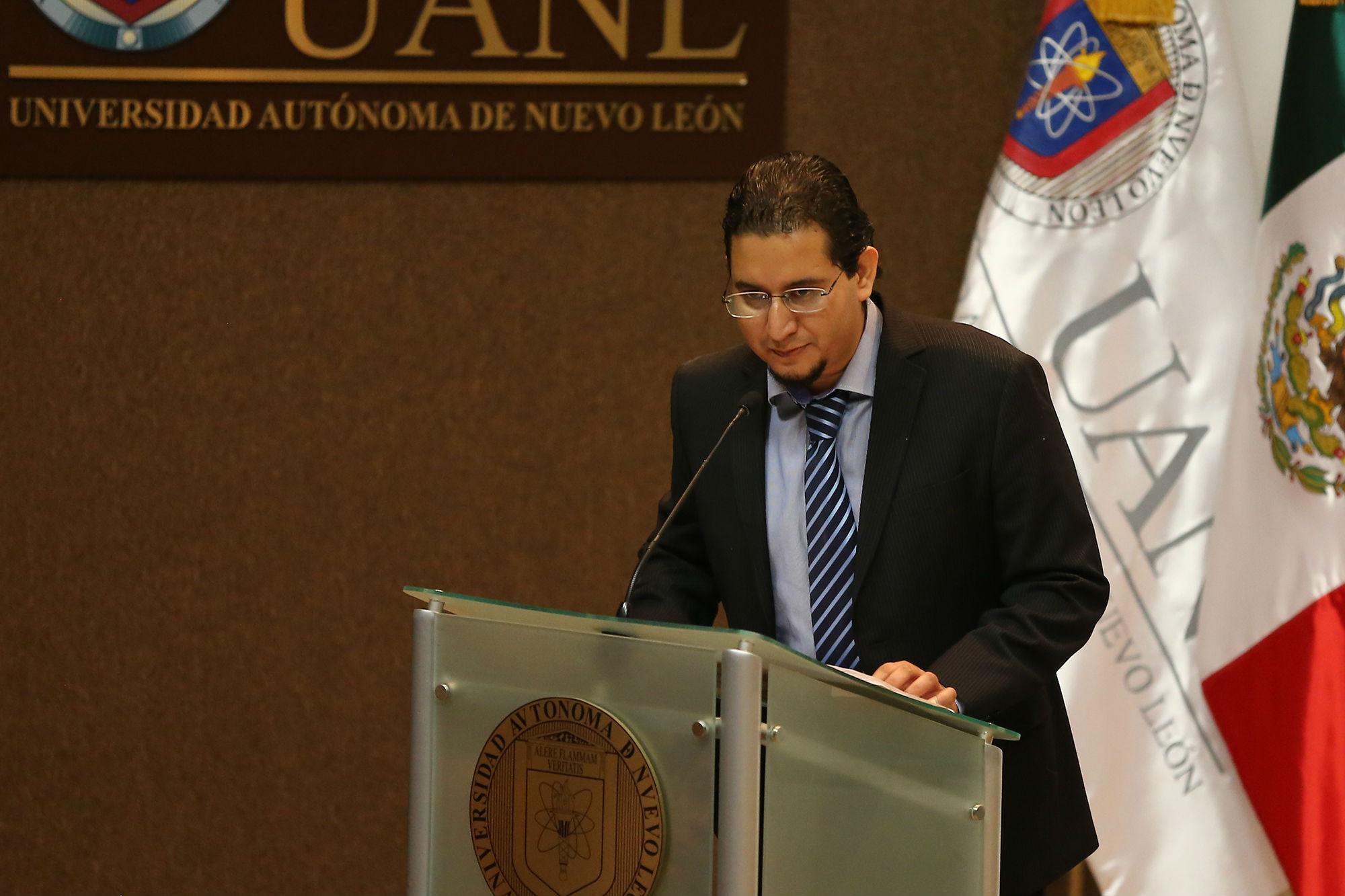 Mensaje de Óscar Abraham Rodríguez a nombre de los tesistas reconocidos