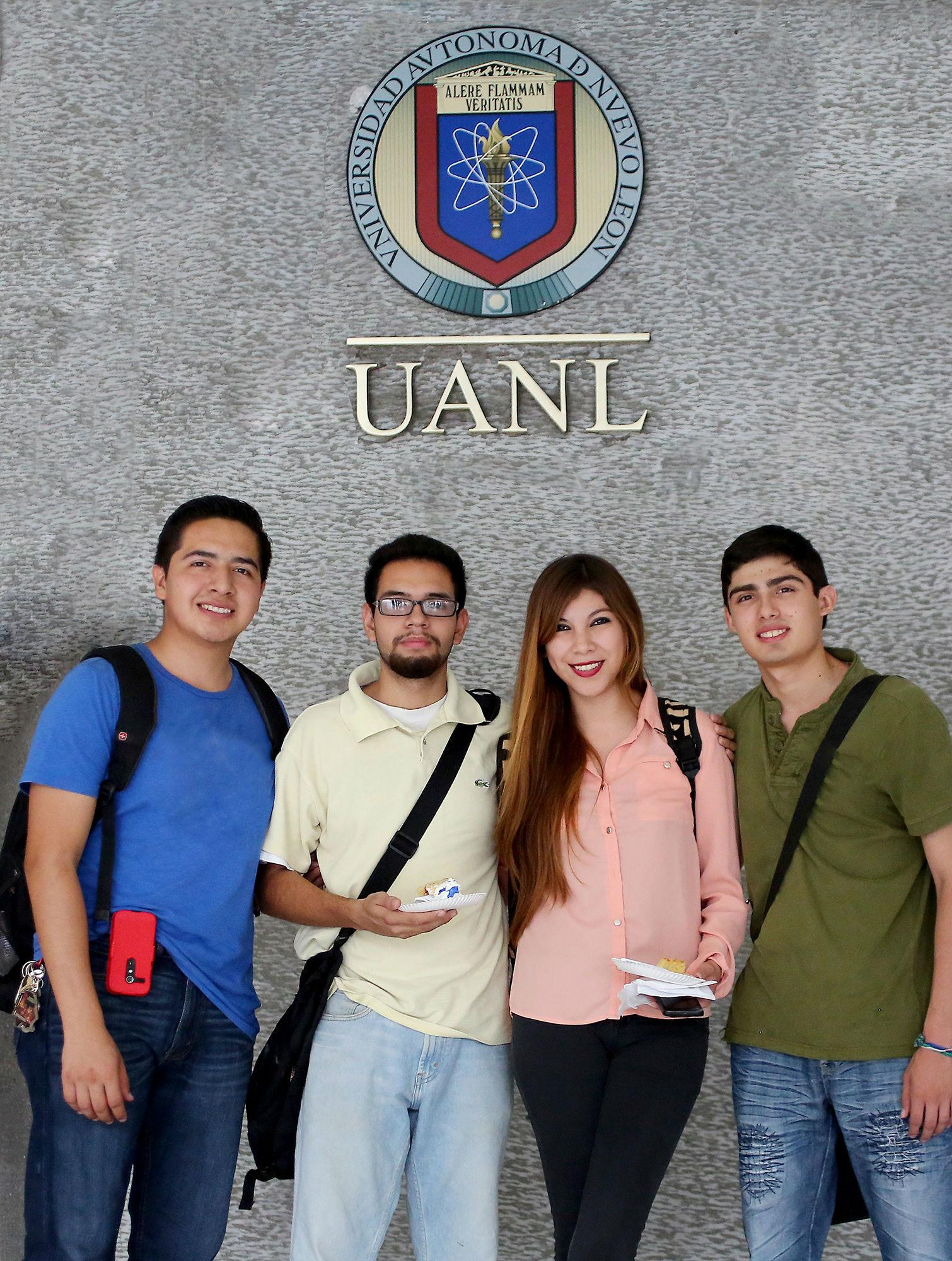 Estudiantes de la facultad
