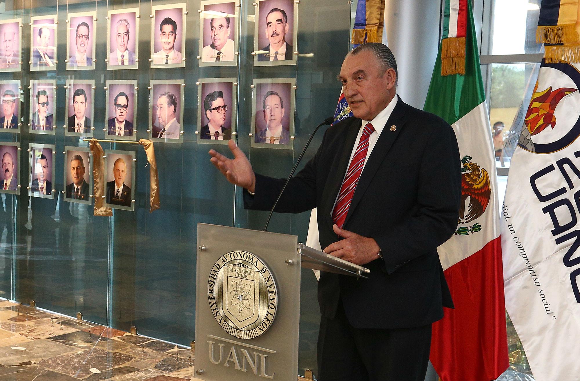 Luis Gómez Danés, Consejero maestro de medicina dedicó unas palabras sobre el Dr. Ancer