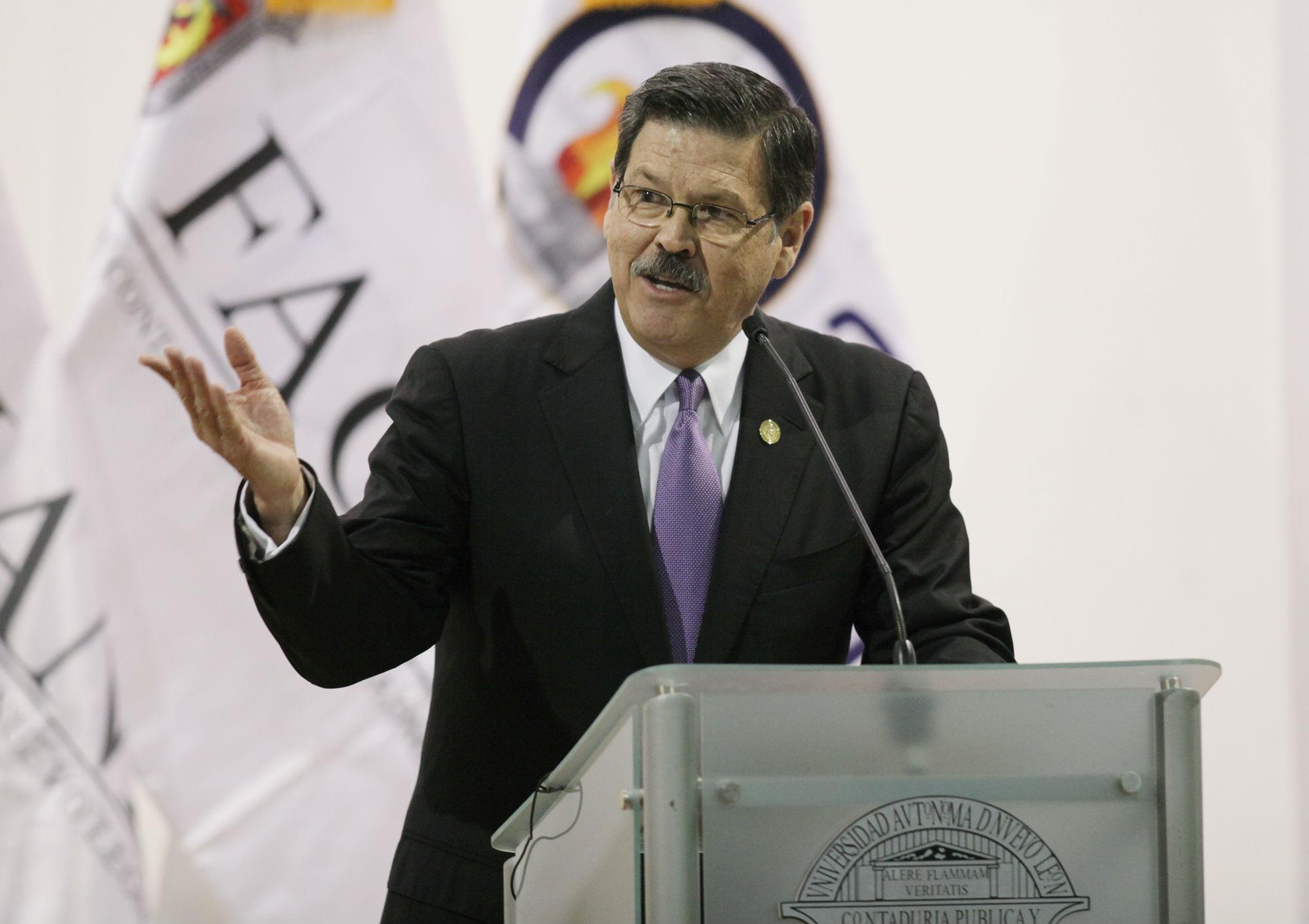 Mensaje del rector de la UANL, Mtro. Rogelio G. Garza Rivera