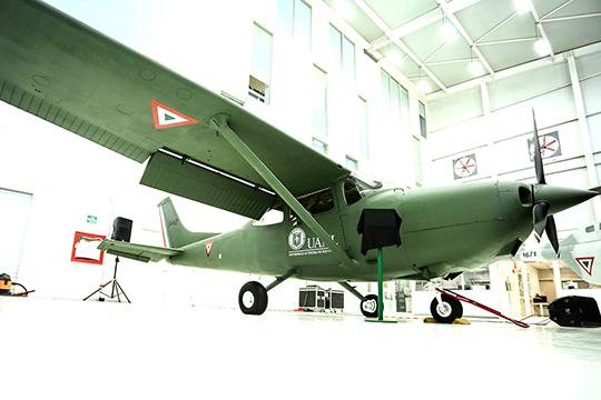 UANL amplía infraestructura y equipo en ingeniería aeronáutica