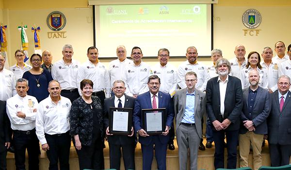 UANL forma especialistas del ambiente de clase mundial