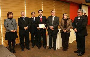 Otorgan Premio Anual de Periodismo